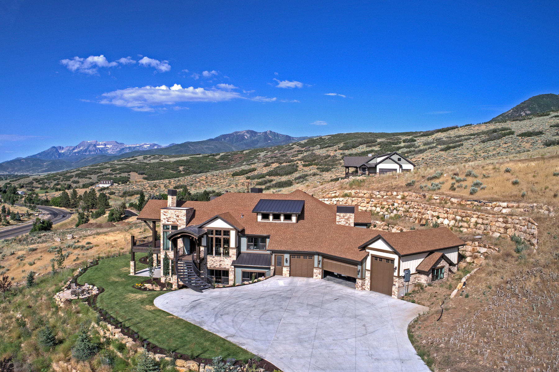 Additional photo for property listing at Beautiful Inside and Out 2525 River Meadows Dr Midway, Utah 84049 United States