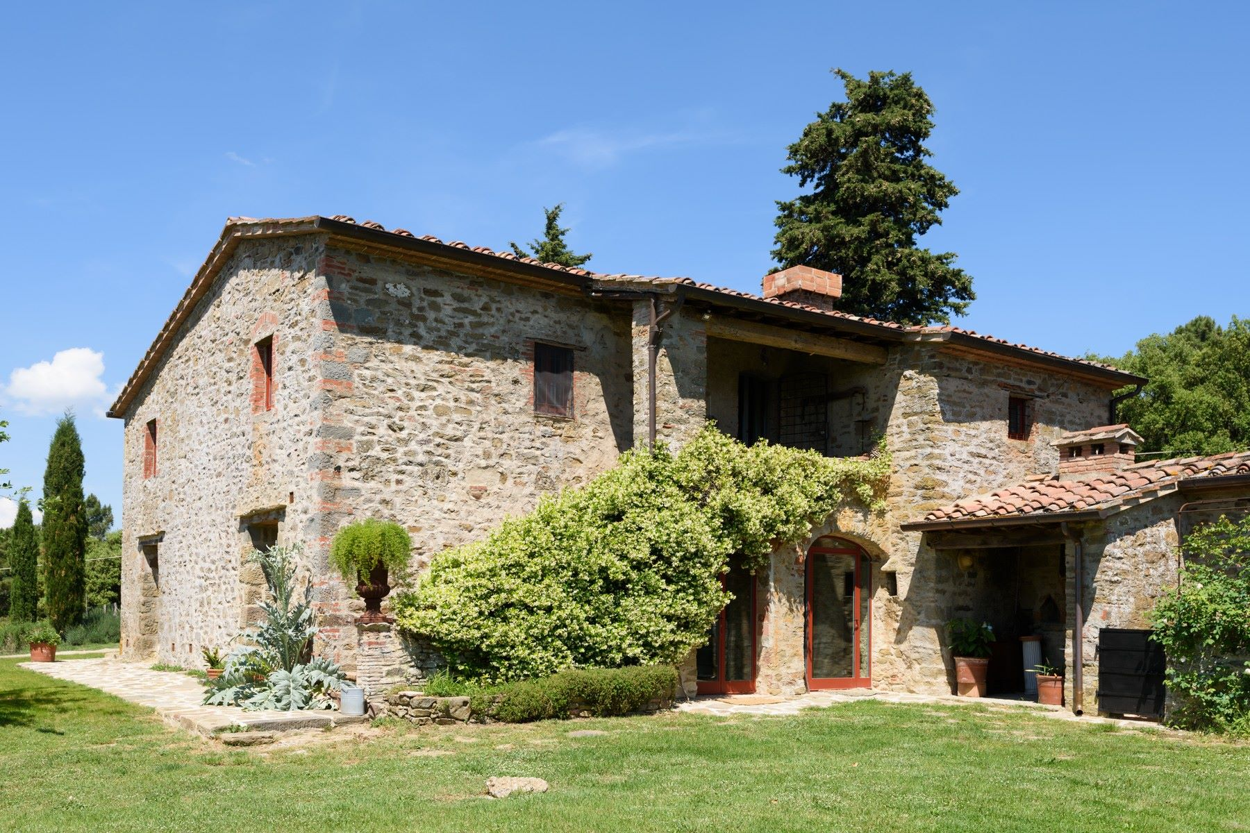 Additional photo for property listing at Siena view - Country retreat Chianti hills Monte San Savino, Arezzo Italy