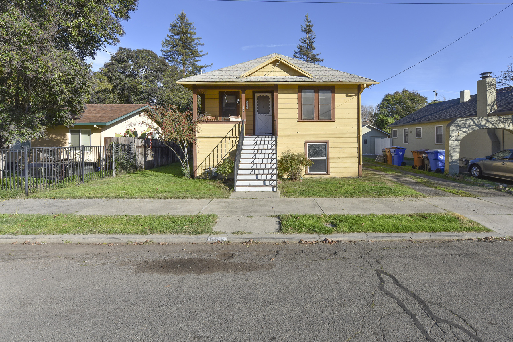 Частный односемейный дом для того Продажа на An Inspirational Vintage Home 568 Madison Street Napa, Калифорния 94559 Соединенные Штаты