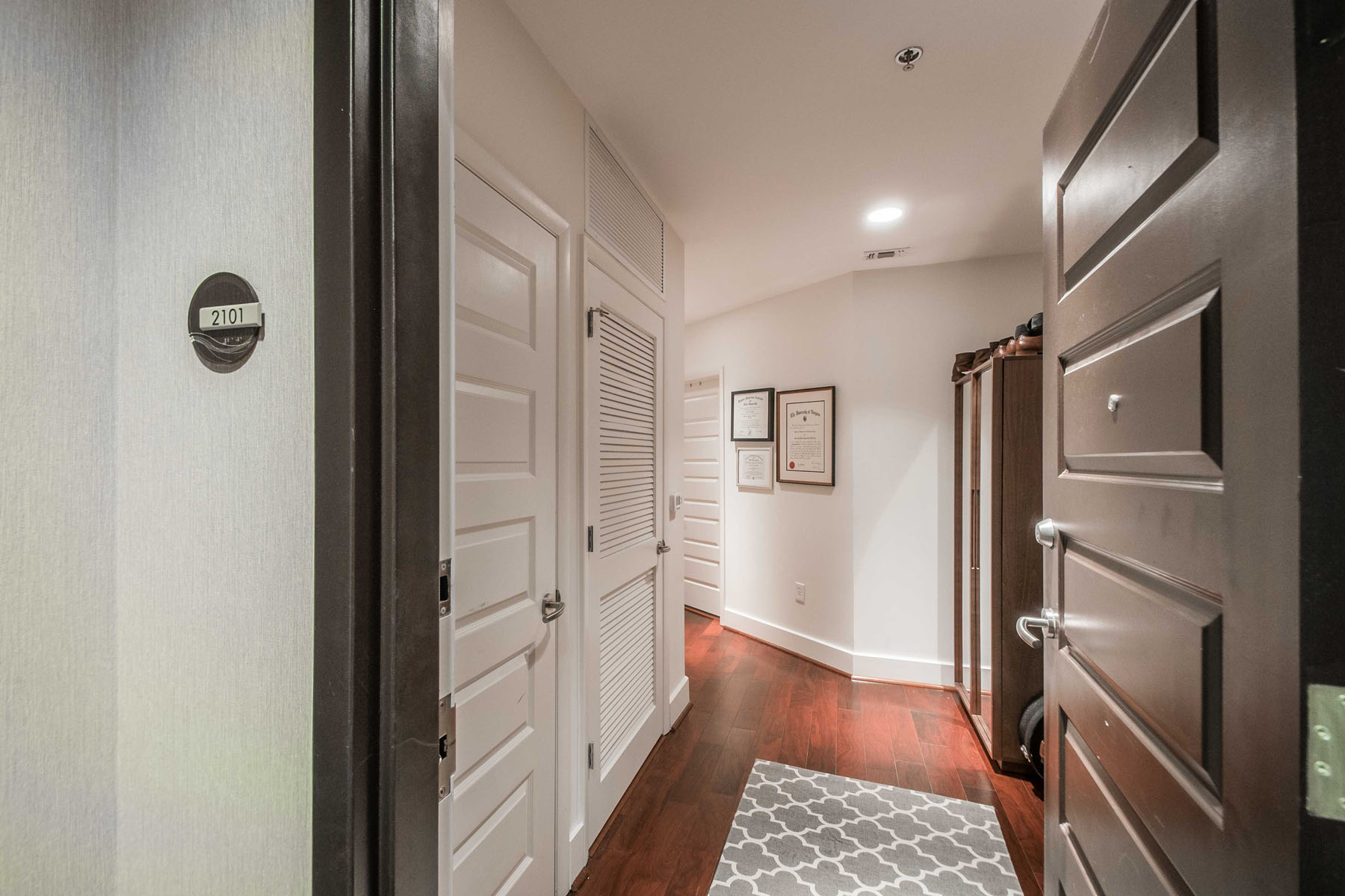 Condominium for Rent at 1010 Midtown is the Address for Classy Intown Living! 1080 Peachtree Street #2101 Atlanta, Georgia 30309 United States