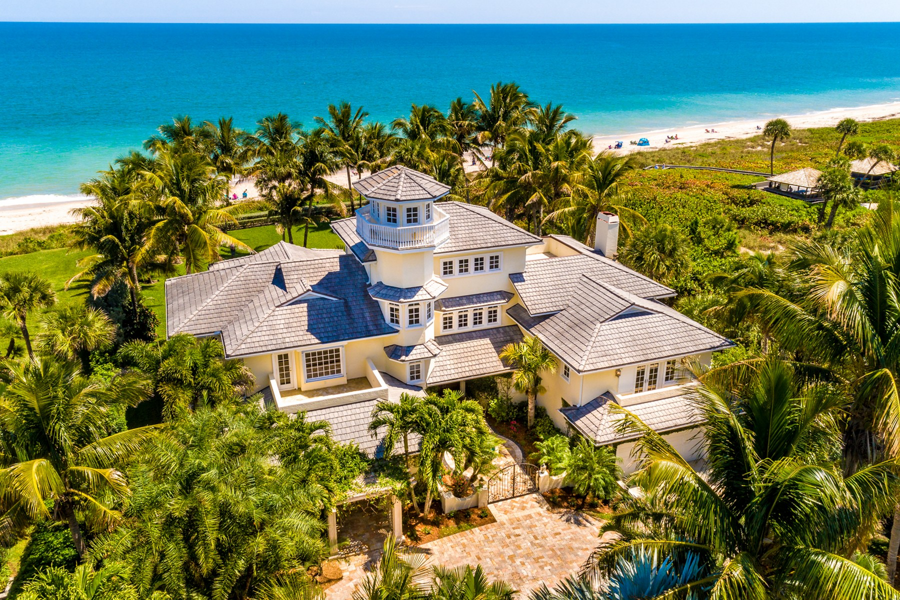 Property 용 매매 에 Magnificent Oceanfront Estate 960 Reef Road Vero Beach, 플로리다 32963 미국