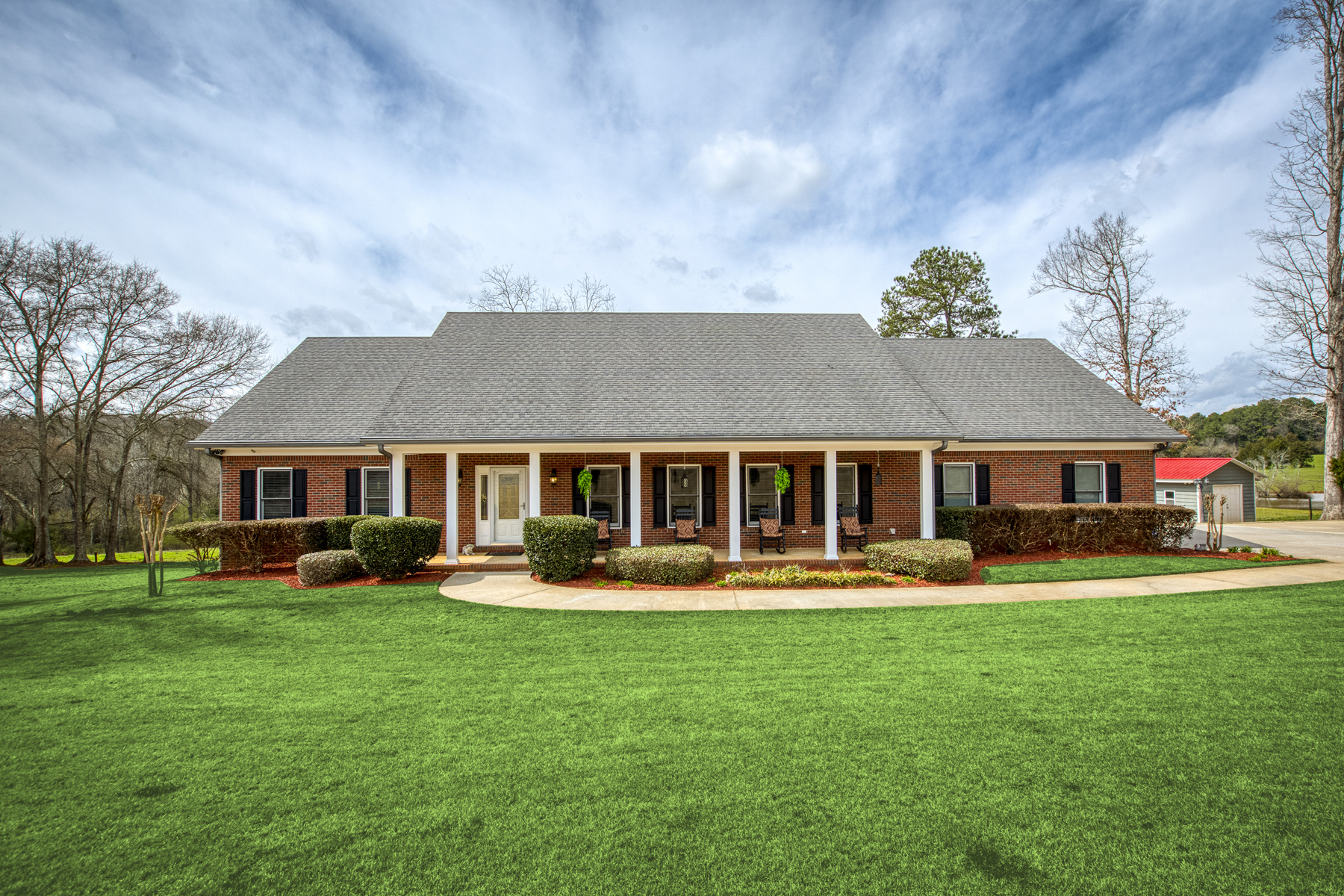 Single Family Homes للـ Sale في Paradise Found in Custom Ranch on 1.65+/- Acres 1199 Elliott Road, McDonough, Georgia 30252 United States