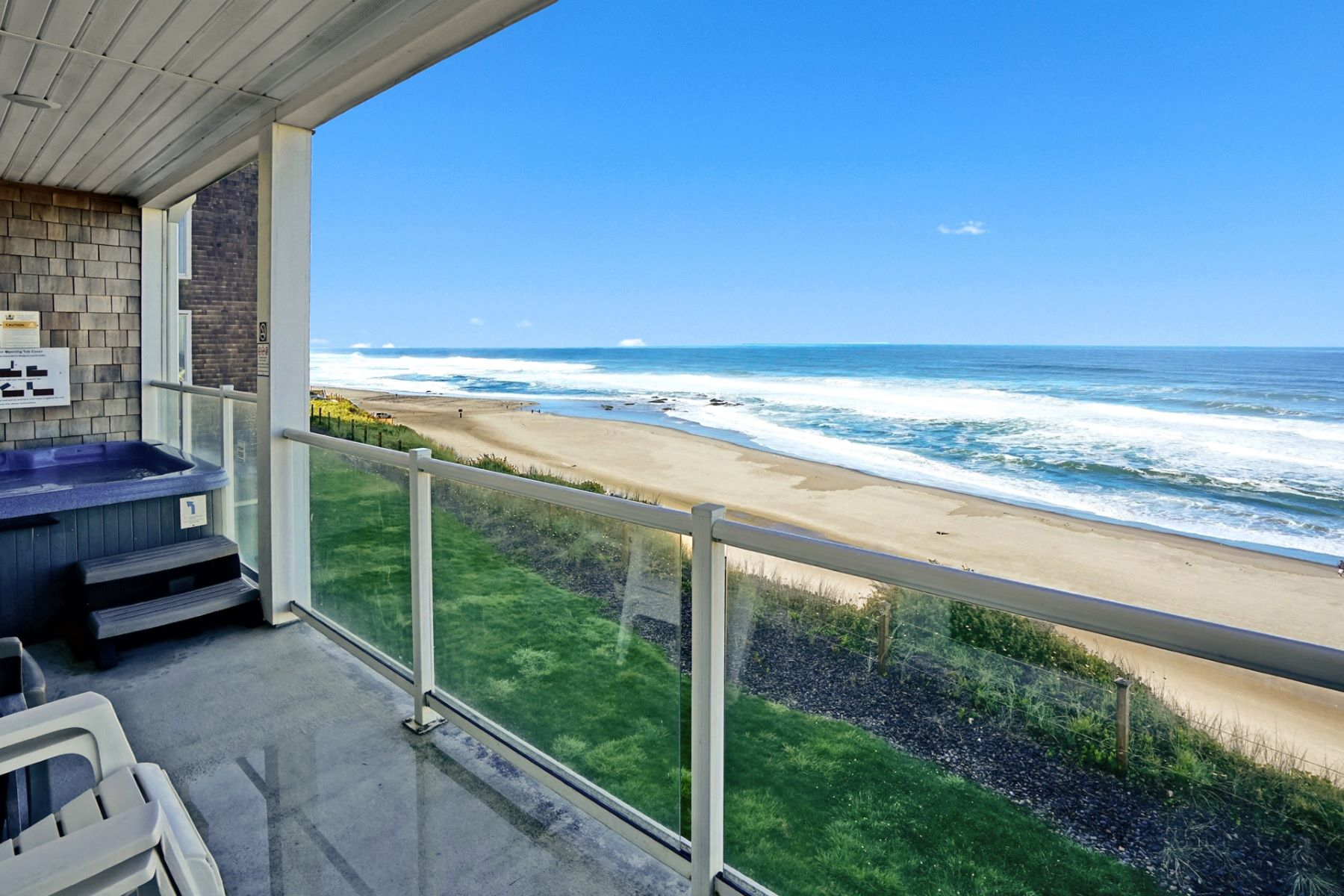 Condominiums for Active at Luxury Oceanfront Condo 1723 NW Harbor Ave Lincoln City, Oregon 97367 United States