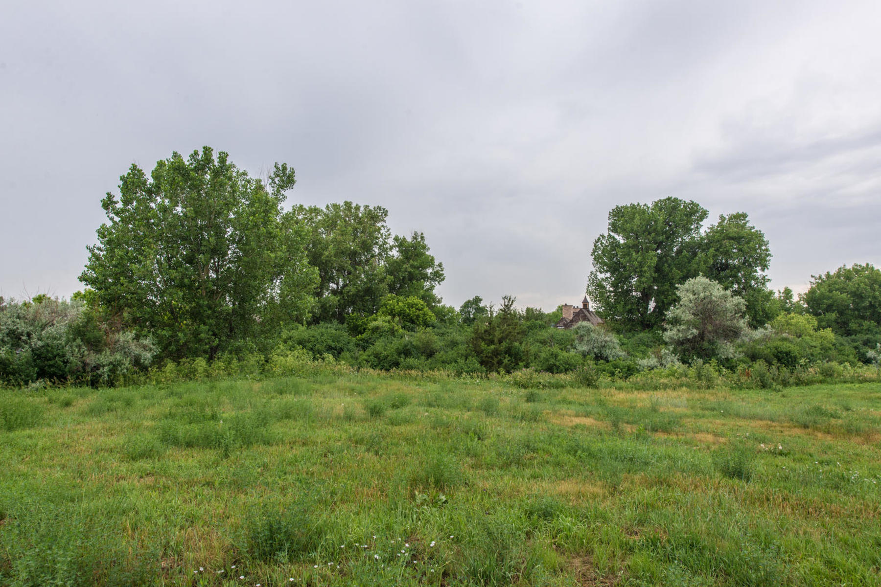 Land for Sale at LAND AND PLANS!..INCREDIBLE BUILDING OPPORTUNITY IN THE BUELL. 2 Ravenswood Road Englewood, Colorado 80113 United States