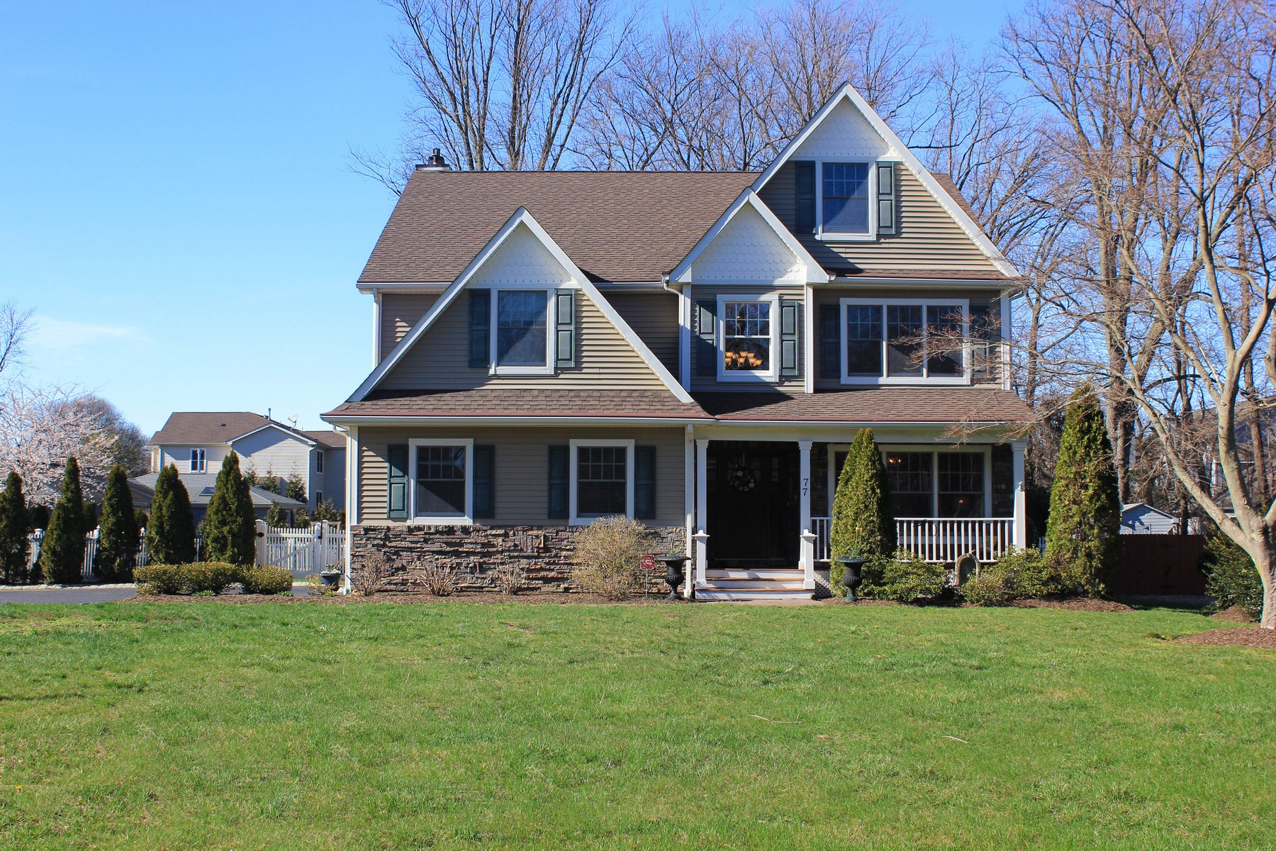 Single Family Home for Sale at 77 Sycamore Ave. Little Silver, New Jersey 07739 United States