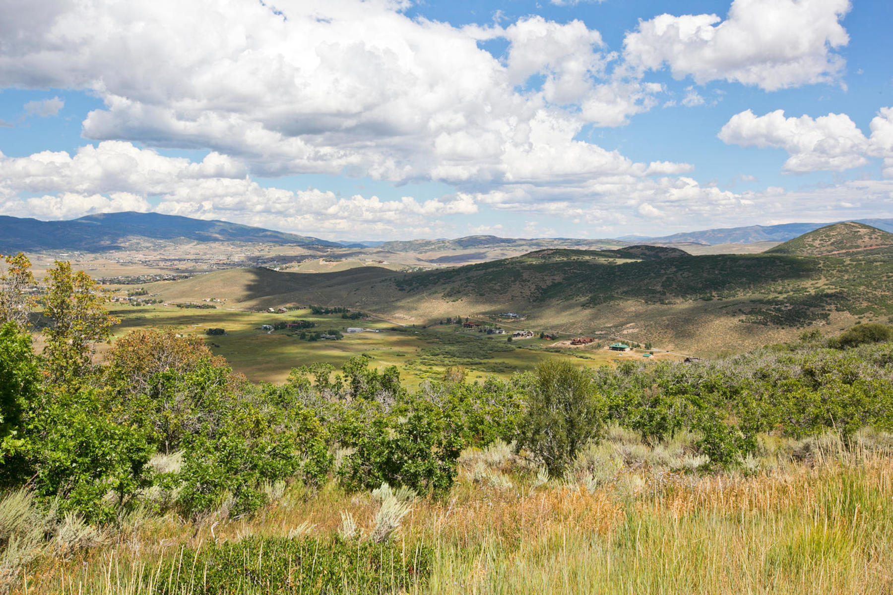 Terreno por un Venta en 2.44 Acre Building Lot in Park Meadows 310 W Mountain Top Dr Park City, Utah, 84060 Estados Unidos