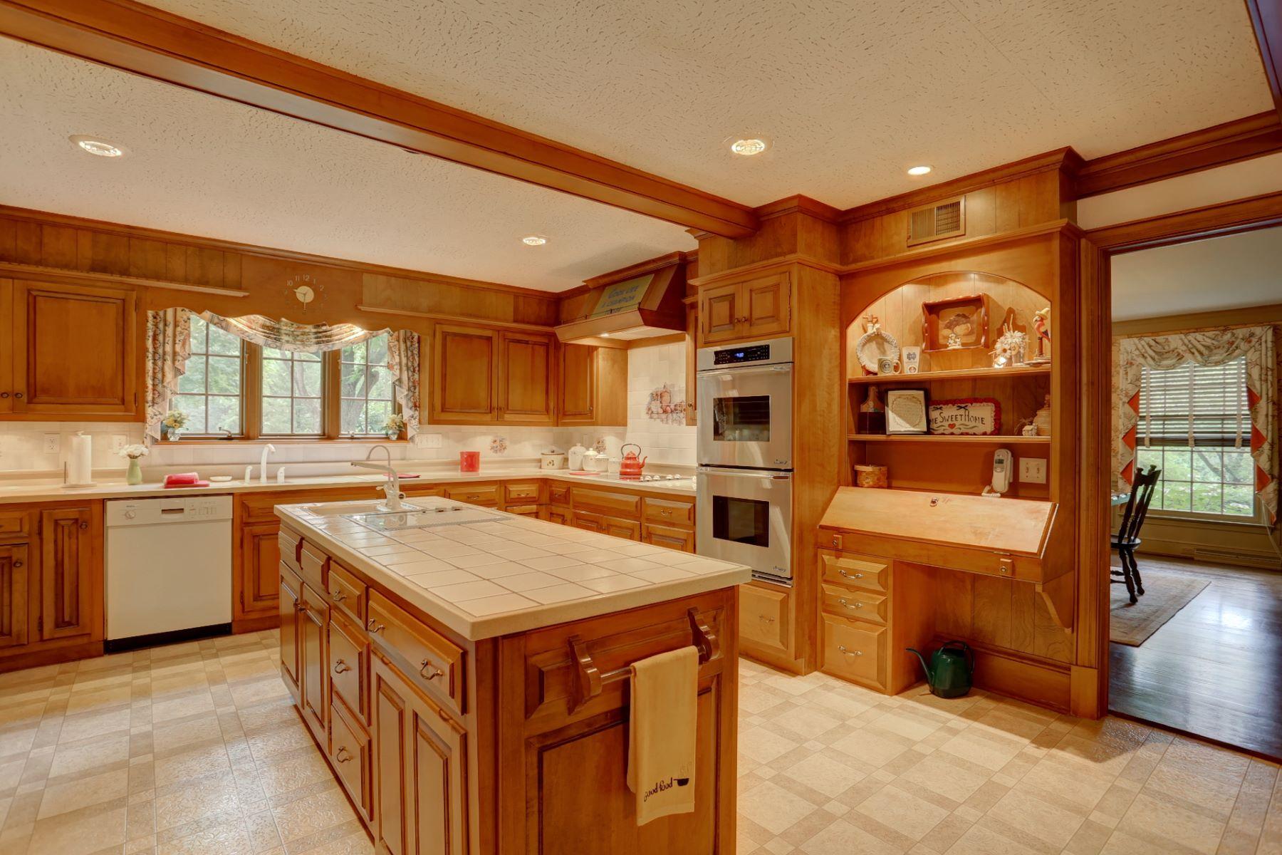 Additional photo for property listing at 1313 Hunsicker Road  Lancaster, Pennsylvania 17601 Estados Unidos