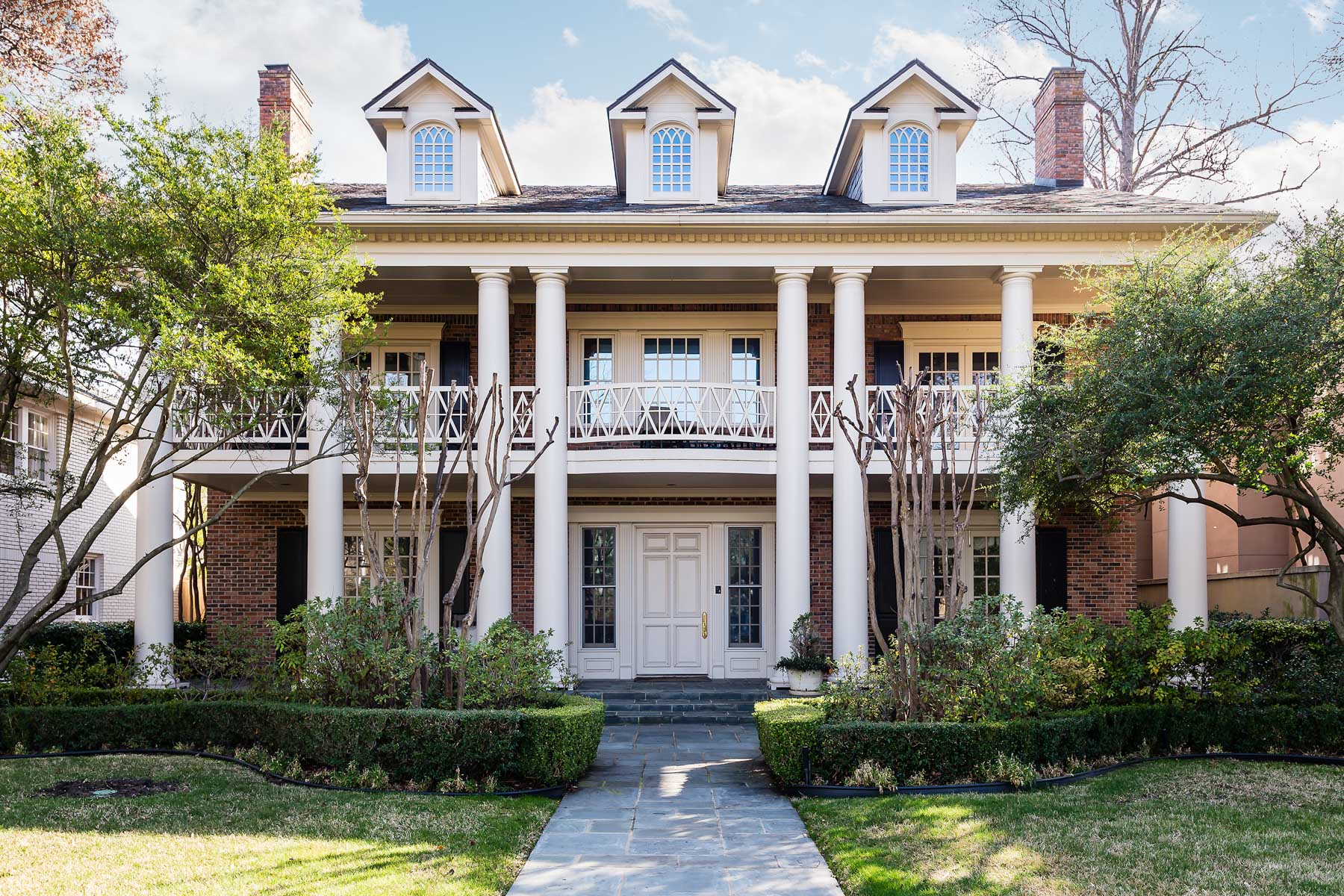 獨棟家庭住宅 為 出售 在 Stately Georgian in Highland Park 3837 Stratford Avenue, Highland Park, 德克薩斯州, 75205 美國