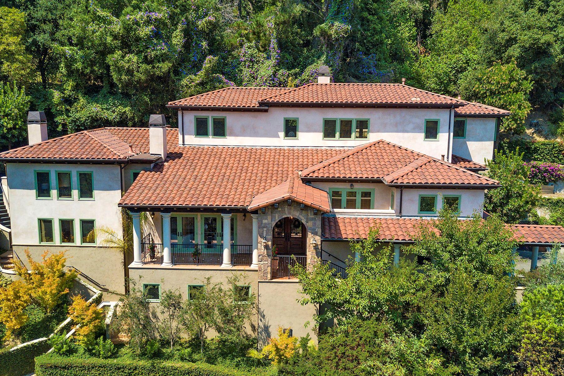 獨棟家庭住宅 為 出售 在 Magnificent Italian Mediterranean Villa 5 Maxwetlon Road Piedmont, 加利福尼亞州 94618 美國