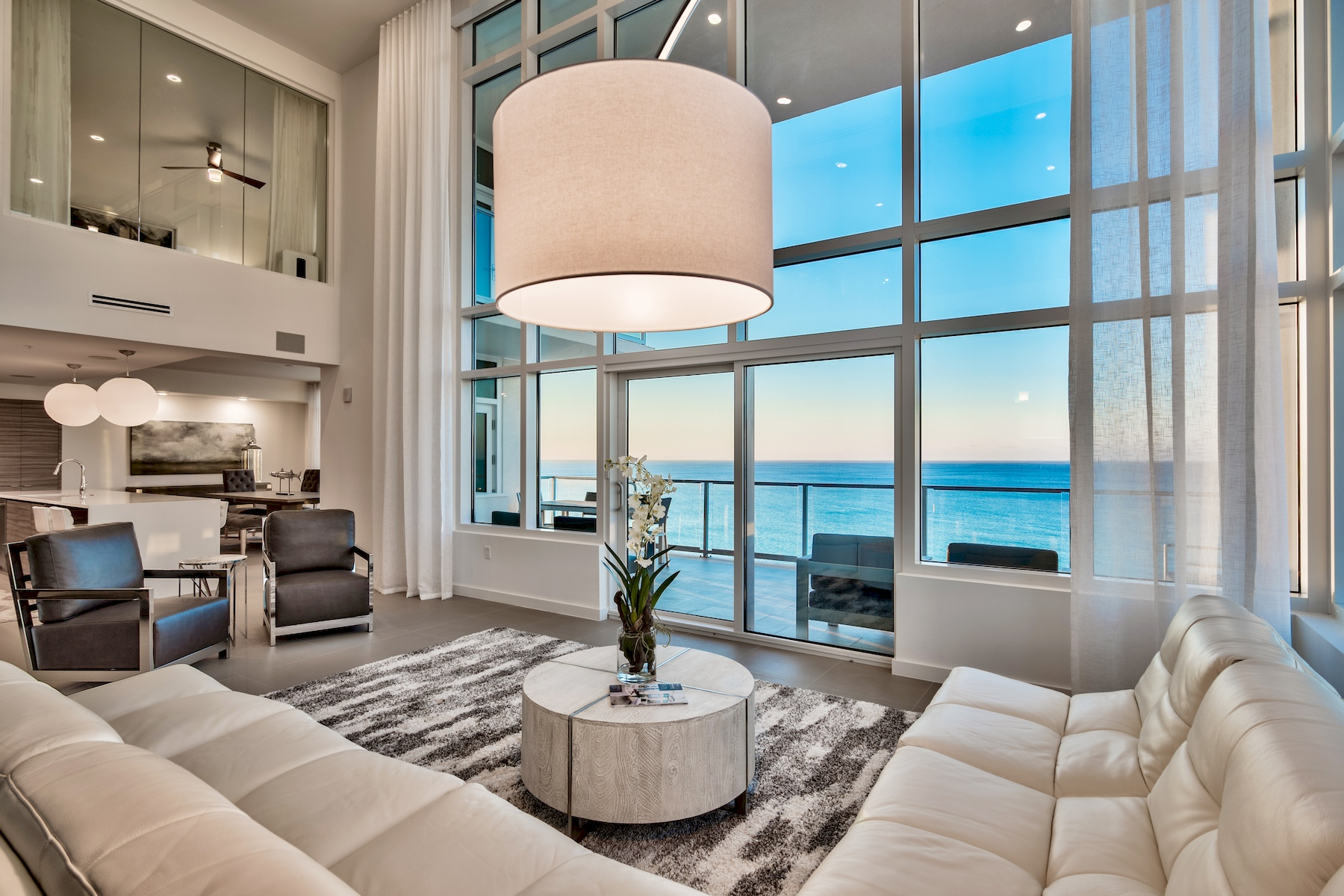 شقة بعمارة للـ Sale في Stunning 2 Story Penthouse with Unobstructed Gulf Views 1900 Scenic Hwy 98 1002, Destin, Florida, 32541 United States