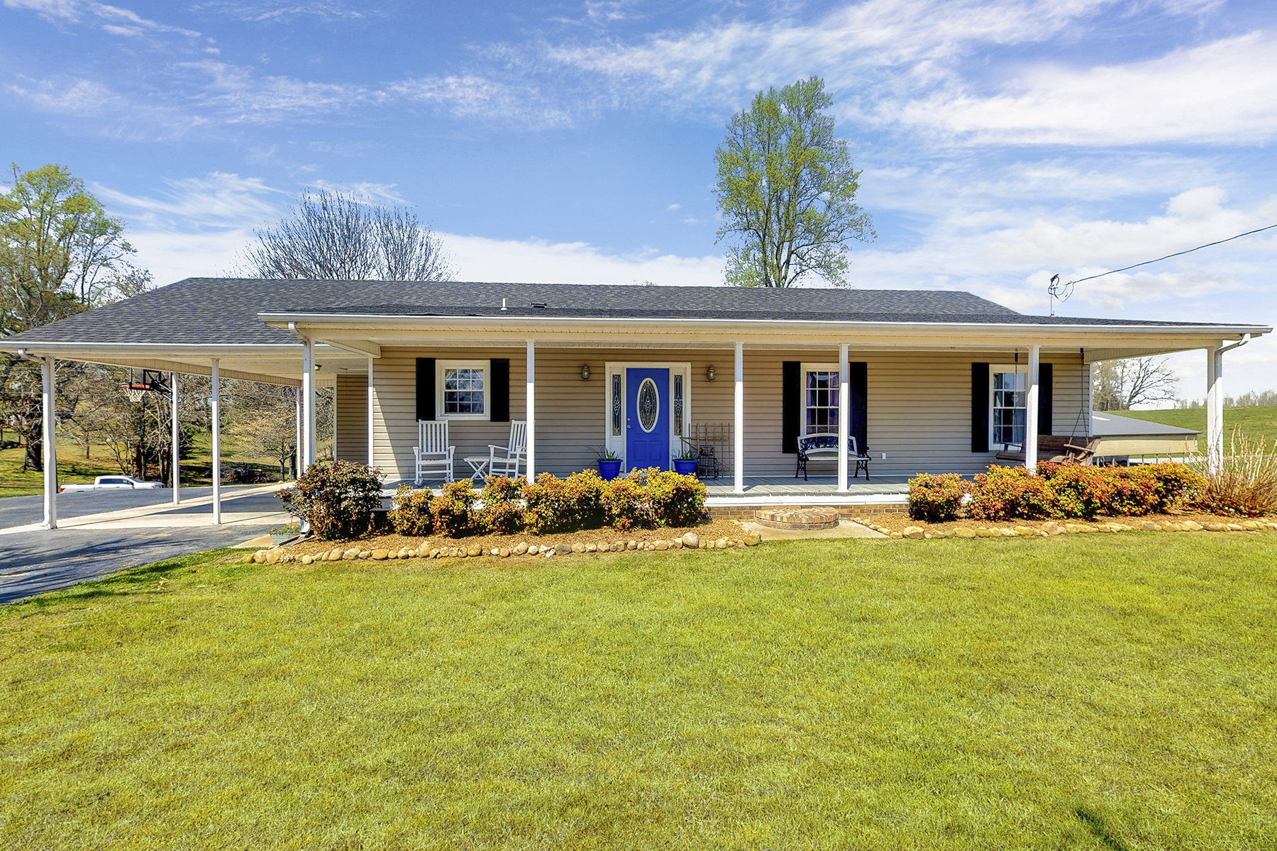 Single Family Homes por un Venta en Rolling Countryside 42 Howell Hill Rd Fayetteville, Tennessee 37334 Estados Unidos