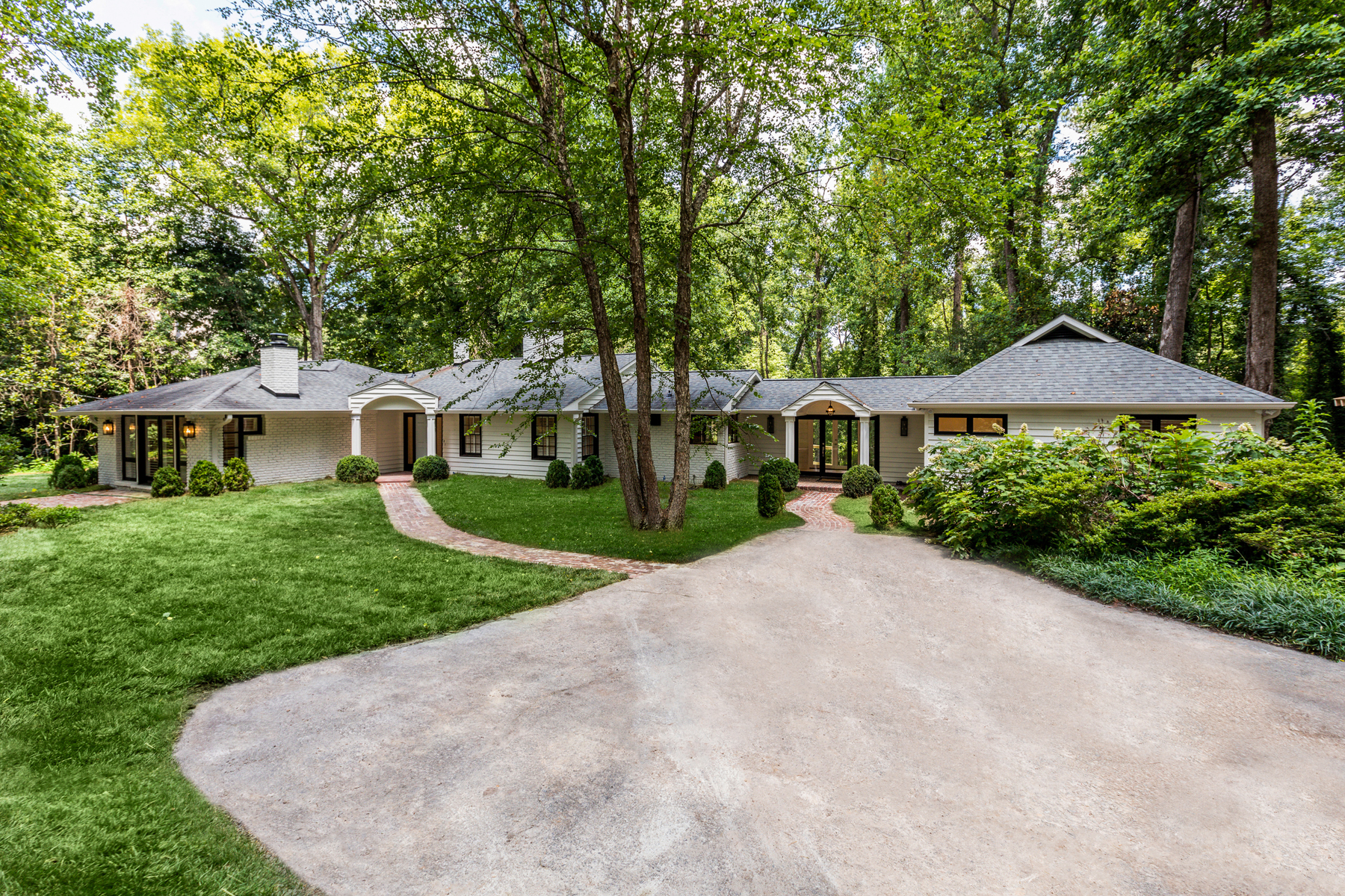 Single Family Home for Rent at Recently Renovated Sandy Springs Ranch Home For Lease 4685 Northside Drive Sandy Springs, Georgia 30327 United States