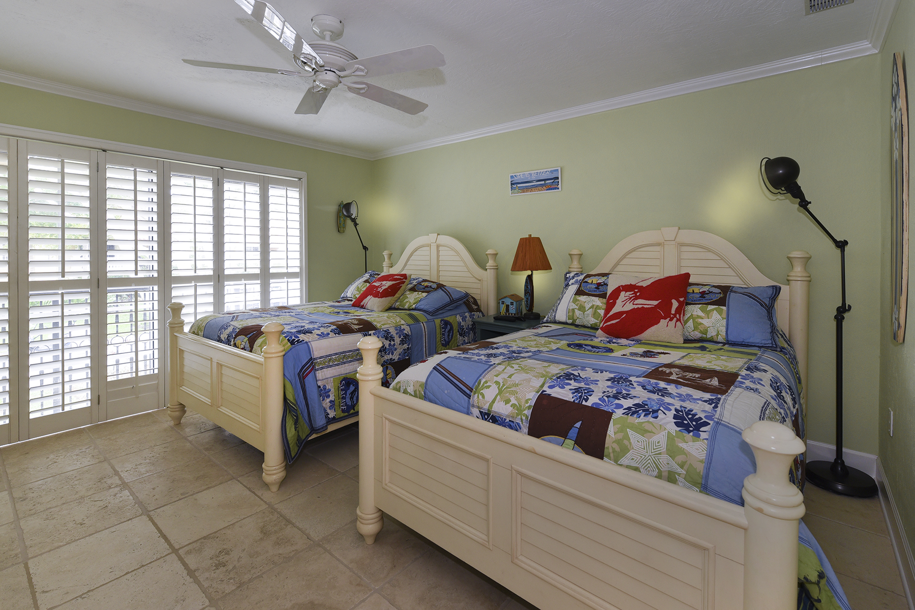 Additional photo for property listing at One-of-a-Kind Harbour Green at Ocean Reef 11 Harbour Green Drive Key Largo, Флорида 33037 Соединенные Штаты
