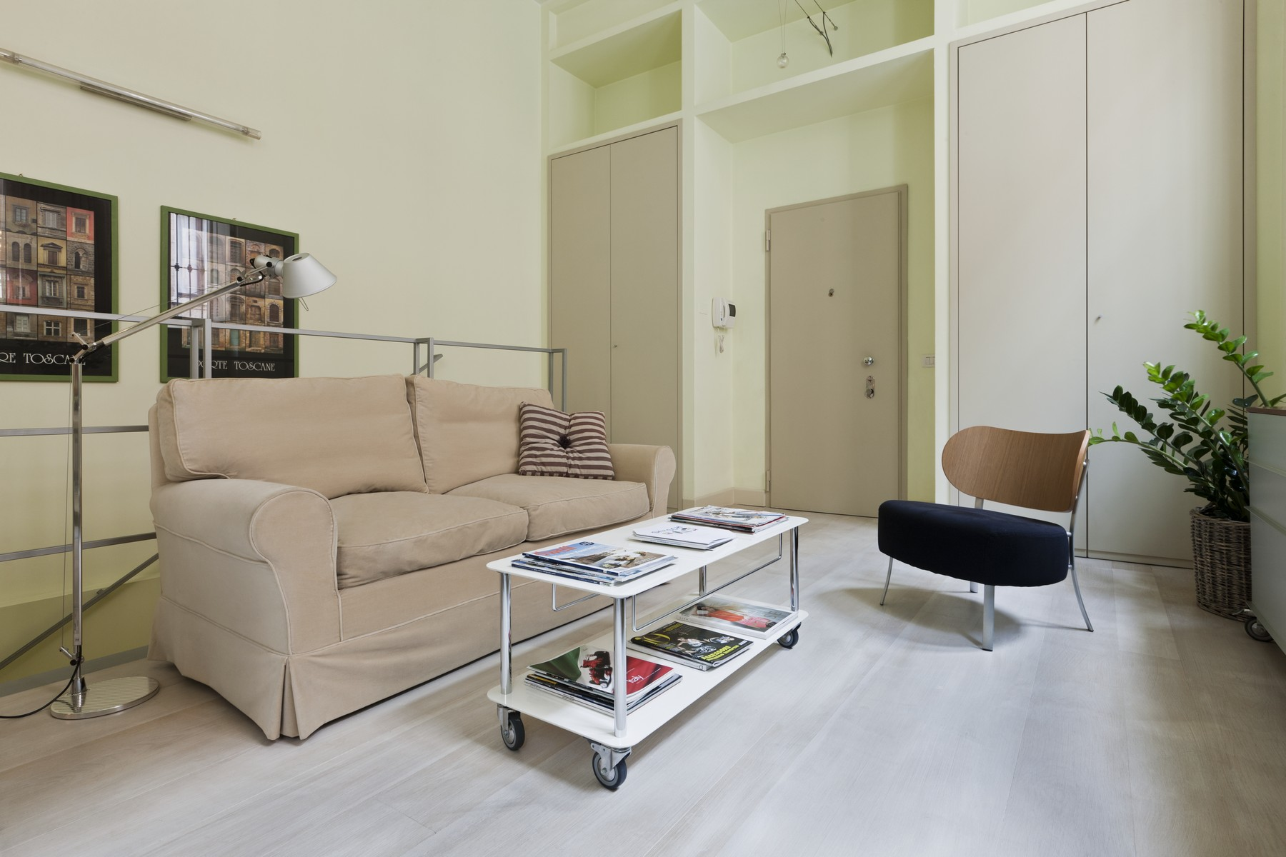 Additional photo for property listing at Modern apartment in the city center Via Mercalli Milano, Milan 20100 Italie