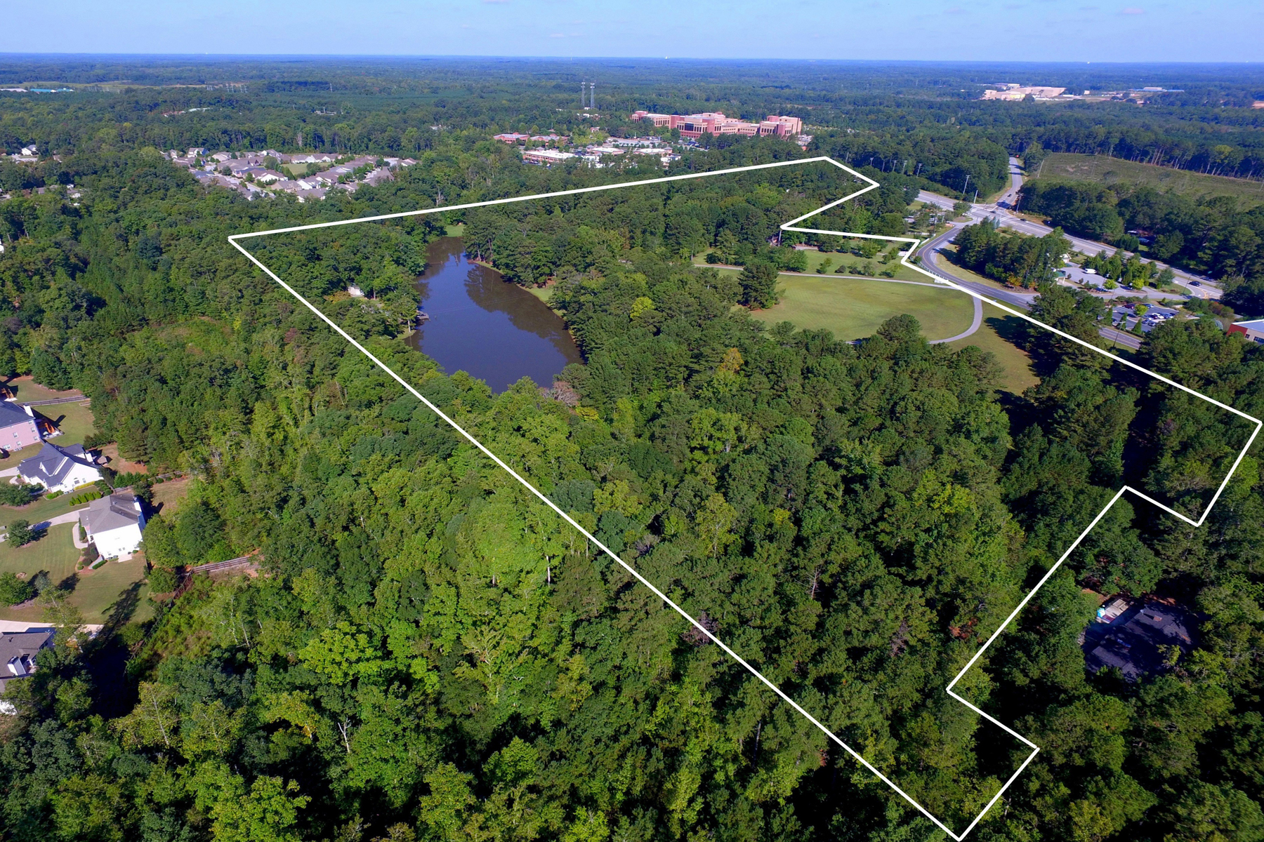 Additional photo for property listing at Prime Location - 40.638 Acres Across From Piedmont Fayette Hospital 0 Highway 54 W, Fayetteville, Джорджия 30215 Соединенные Штаты