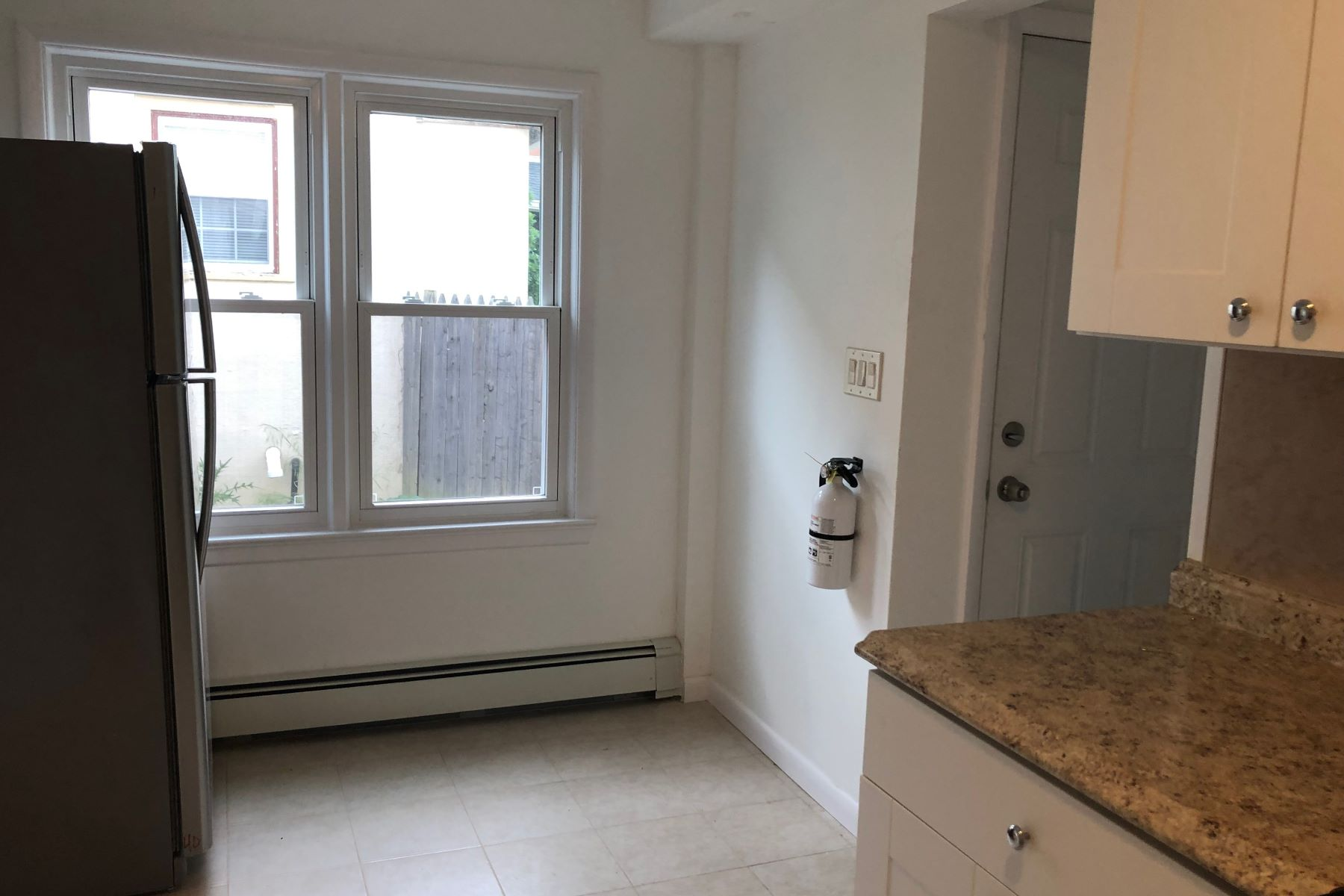 Additional photo for property listing at Just Blocks from Town and University 238 Witherspoon Street Unit 1, Princeton, New Jersey 08542 United States