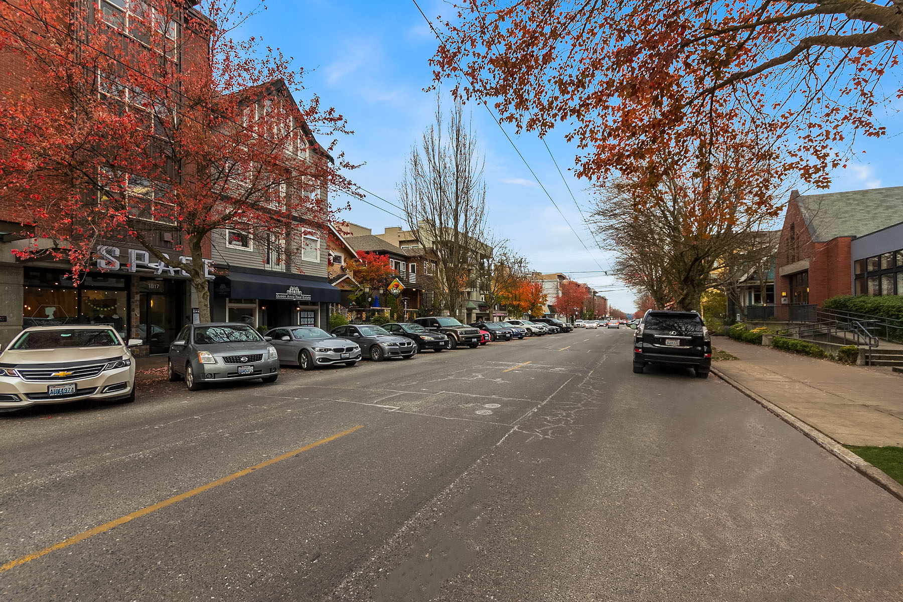 Additional photo for property listing at Queen Anne Condo 100 W Highland Dr #123 Seattle, Washington 98119 United States