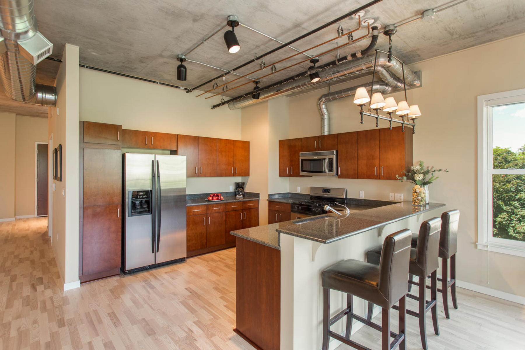 Additional photo for property listing at Views From The Top 3701 Arapahoe Ave C-210 Boulder, Colorado 80303 United States