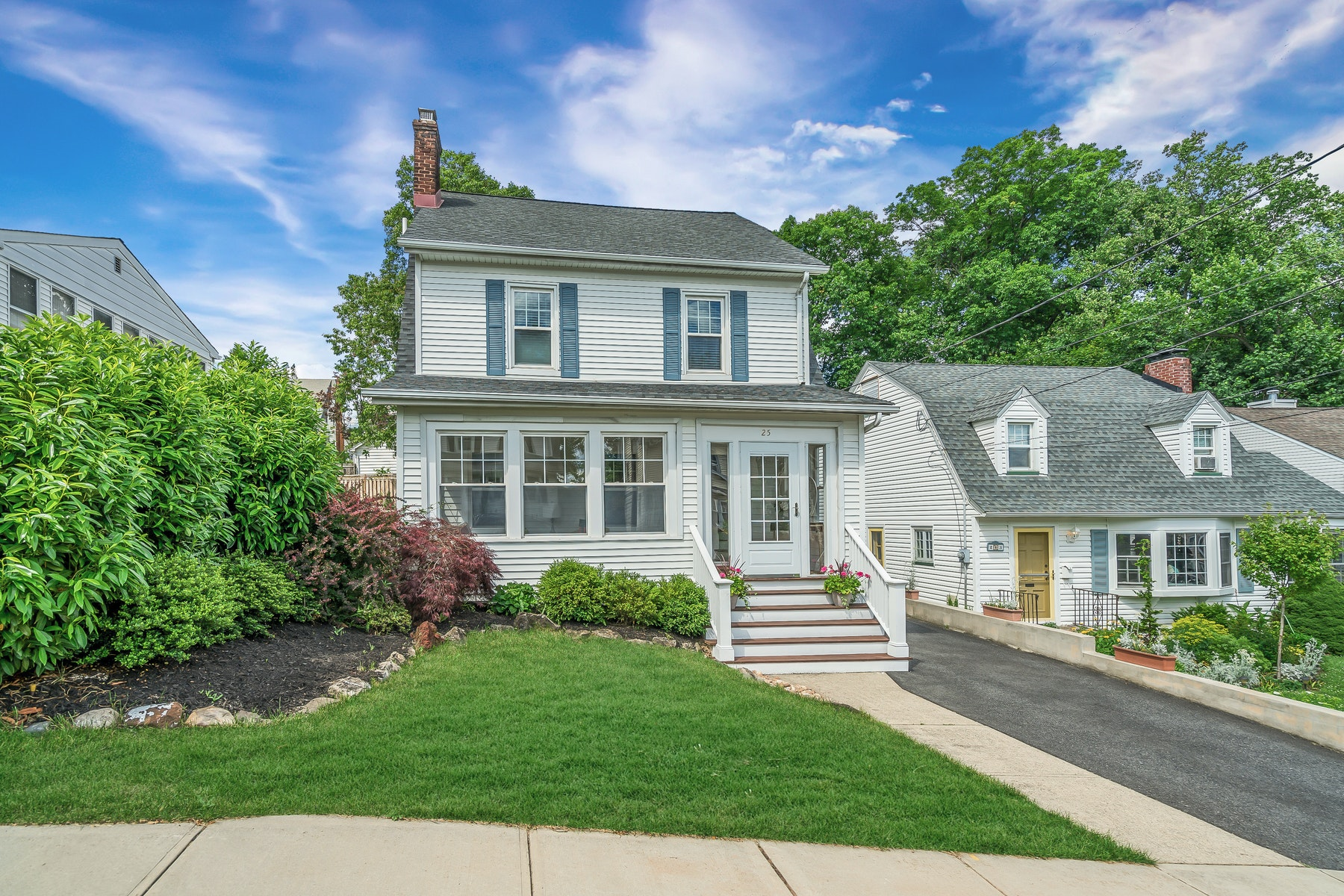 Single Family Homes for Active at Charming Colonial 25 Moore Terrace West Orange, New Jersey 07052 United States