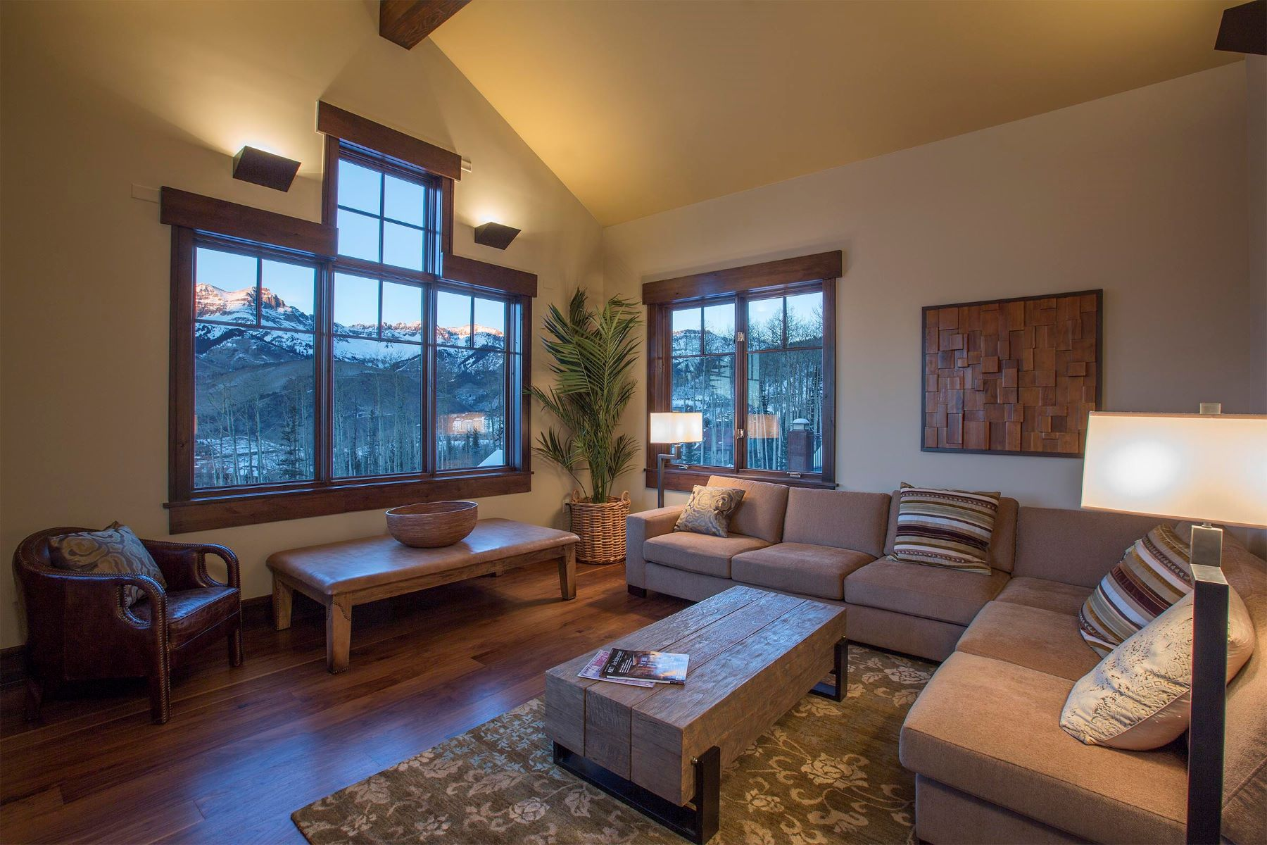 Condominiums for Sale at Elkstone 21, Unit 401 12 Elkstone Place, Unit 401 Telluride, Colorado 81435 United States