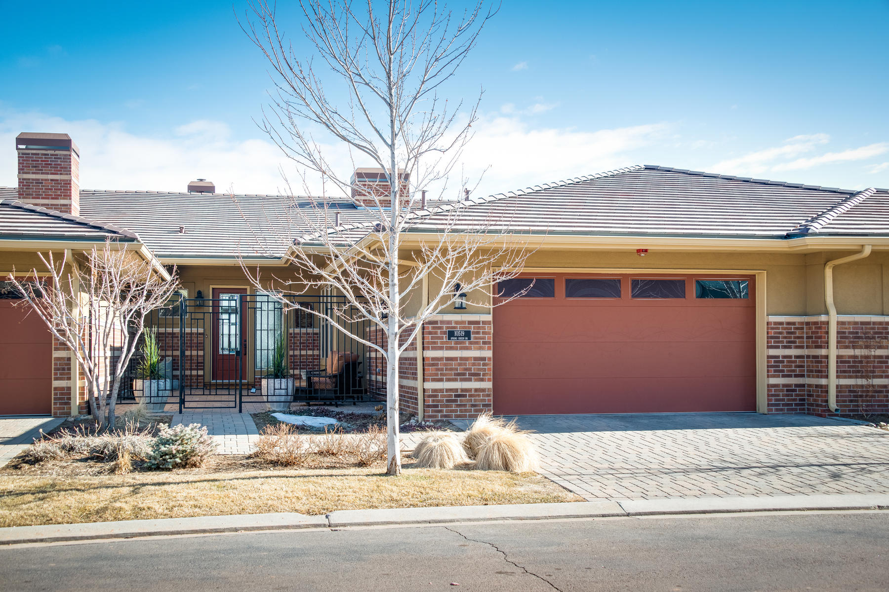 townhouses for Active at Don't miss this rare opportunity to own a ranch-style home with a 3-car garage. 10519 Spring Green Dr Englewood, Colorado 80112 United States