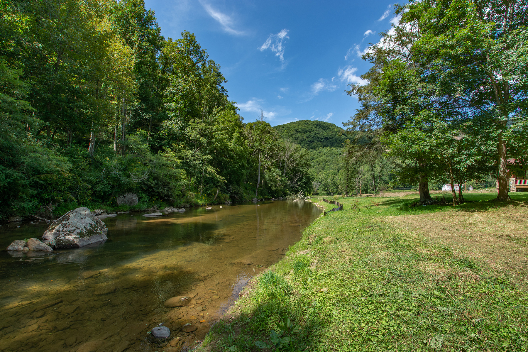 Land for Sale at ELK PARK - ELK RIVER REFUGE 5 Water Sound Dr Elk Park, North Carolina 28622 United States