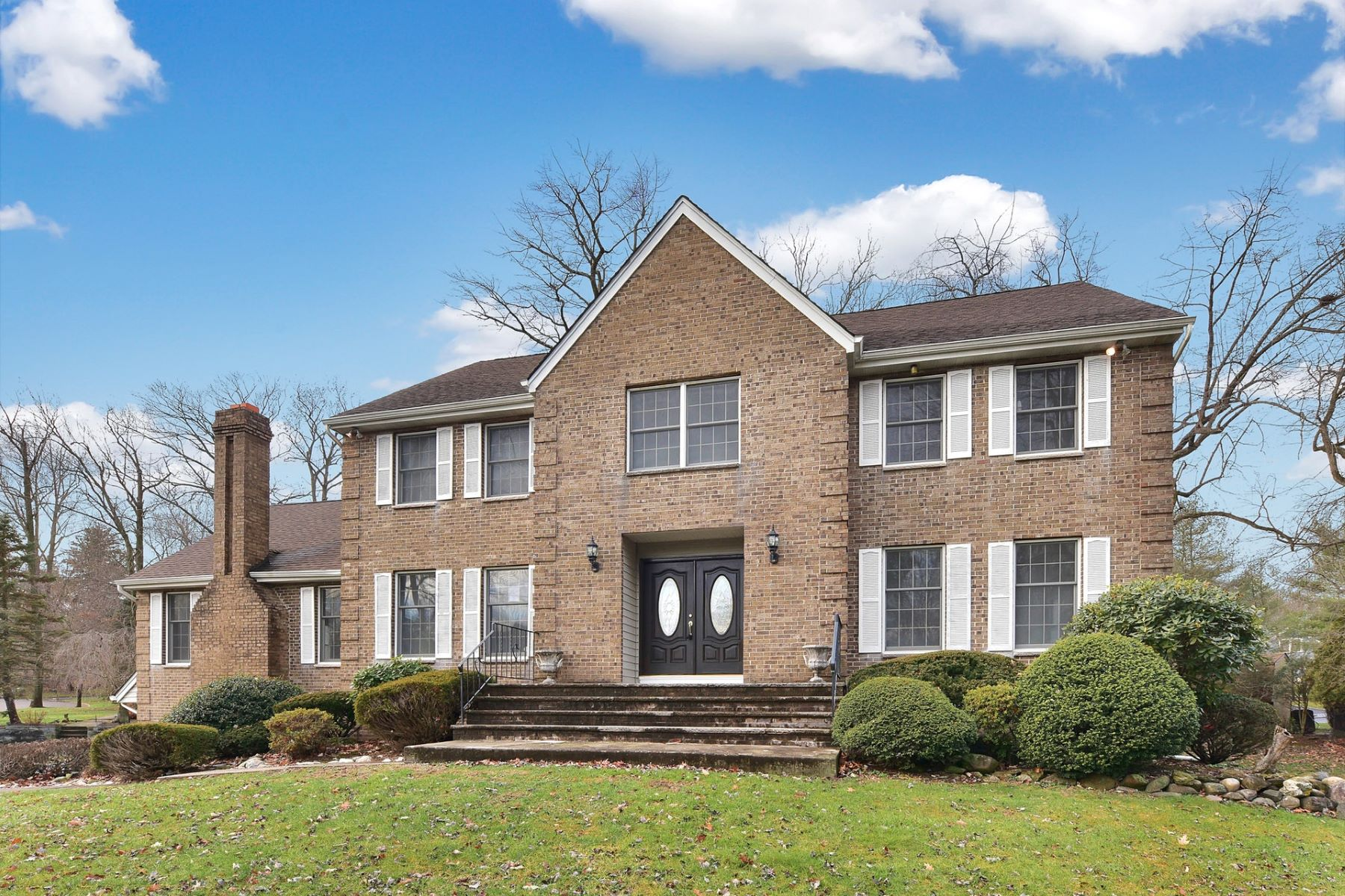 Single Family Home for Sale at Center Hall Colonial 200 Mckenna Dr, Norwood, New Jersey 07648 United States
