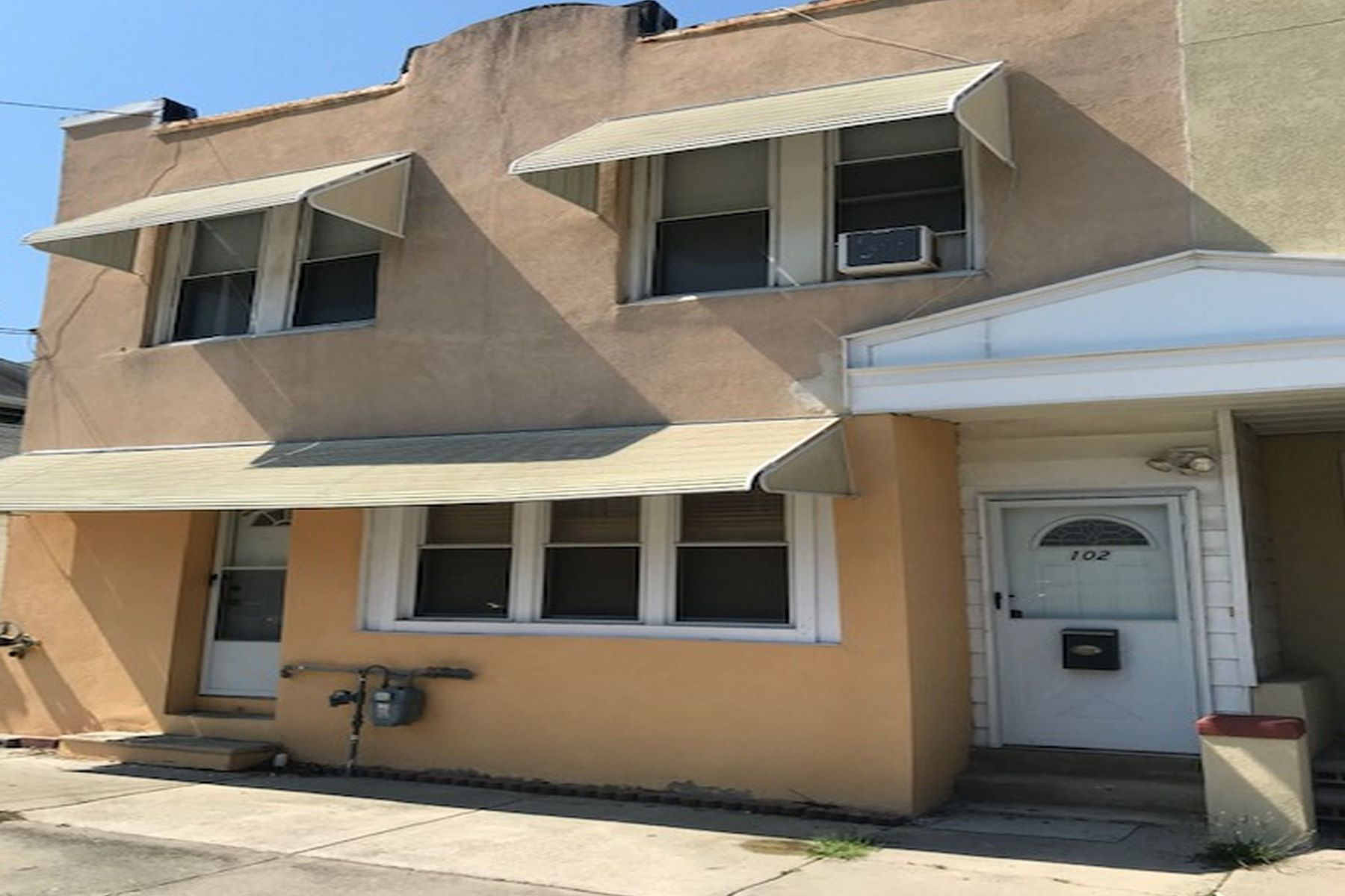 Single Family Homes por un Venta en 102 N Delancy Place Atlantic City, Nueva Jersey 08401 Estados Unidos