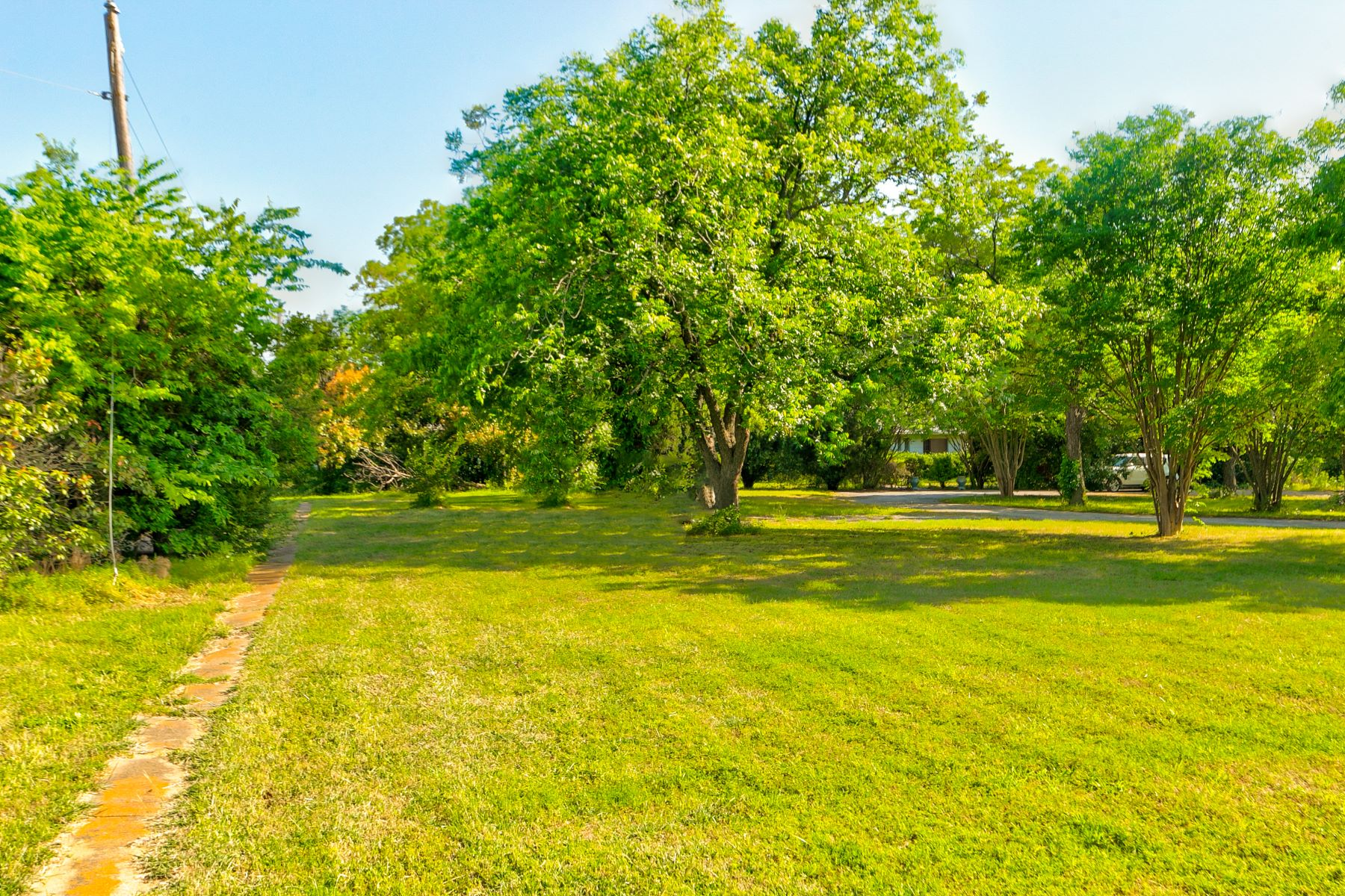 Land for Sale at 2.85 Acres- Residential or Industrial Zoned Land 2311 Crooked Lane Southlake, Texas 76092 United States
