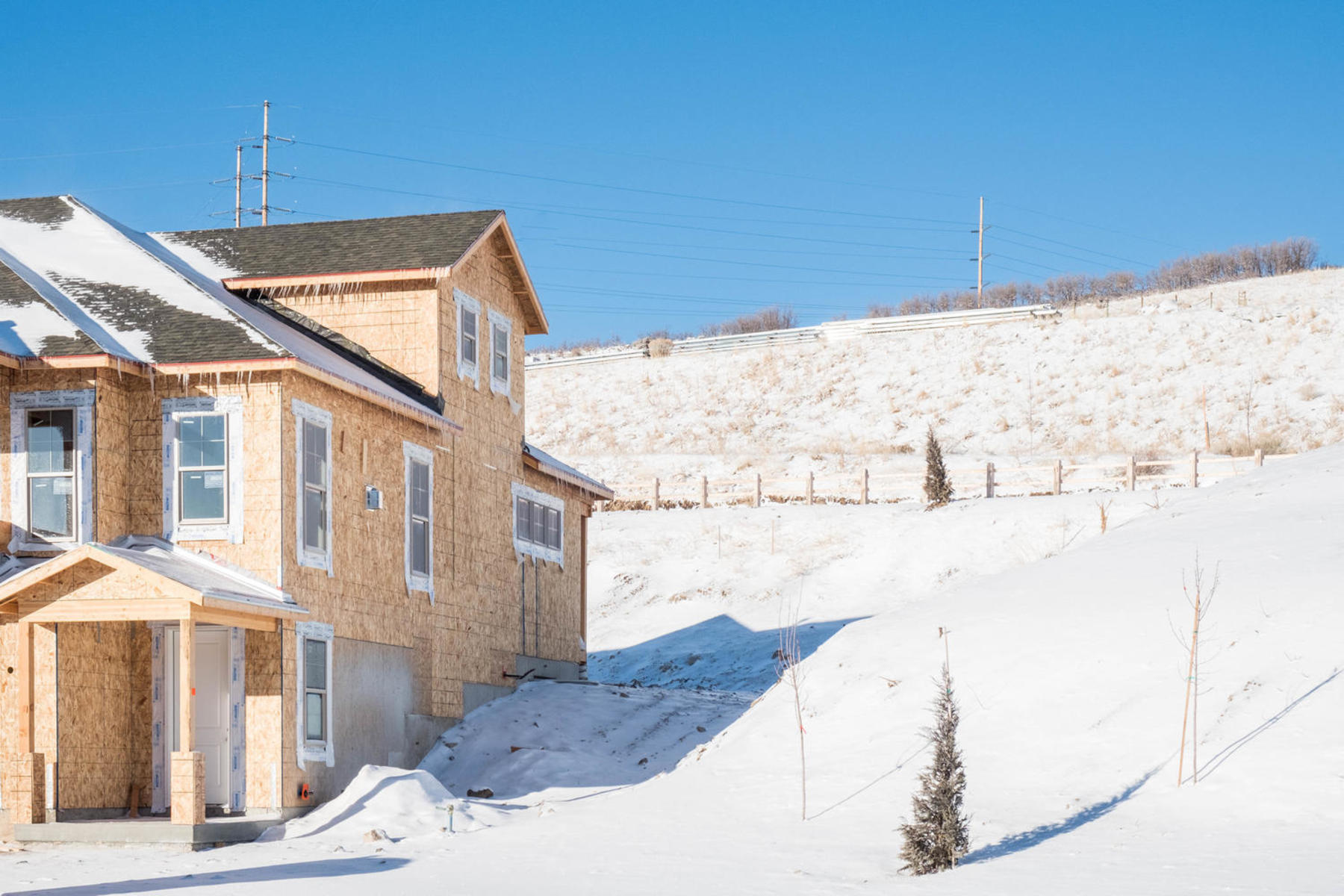 Additional photo for property listing at New Wasatch Springs Townhouse just minutes from Park City 1123 W Cattail Ct #A2 Heber City, Utah 84032 United States