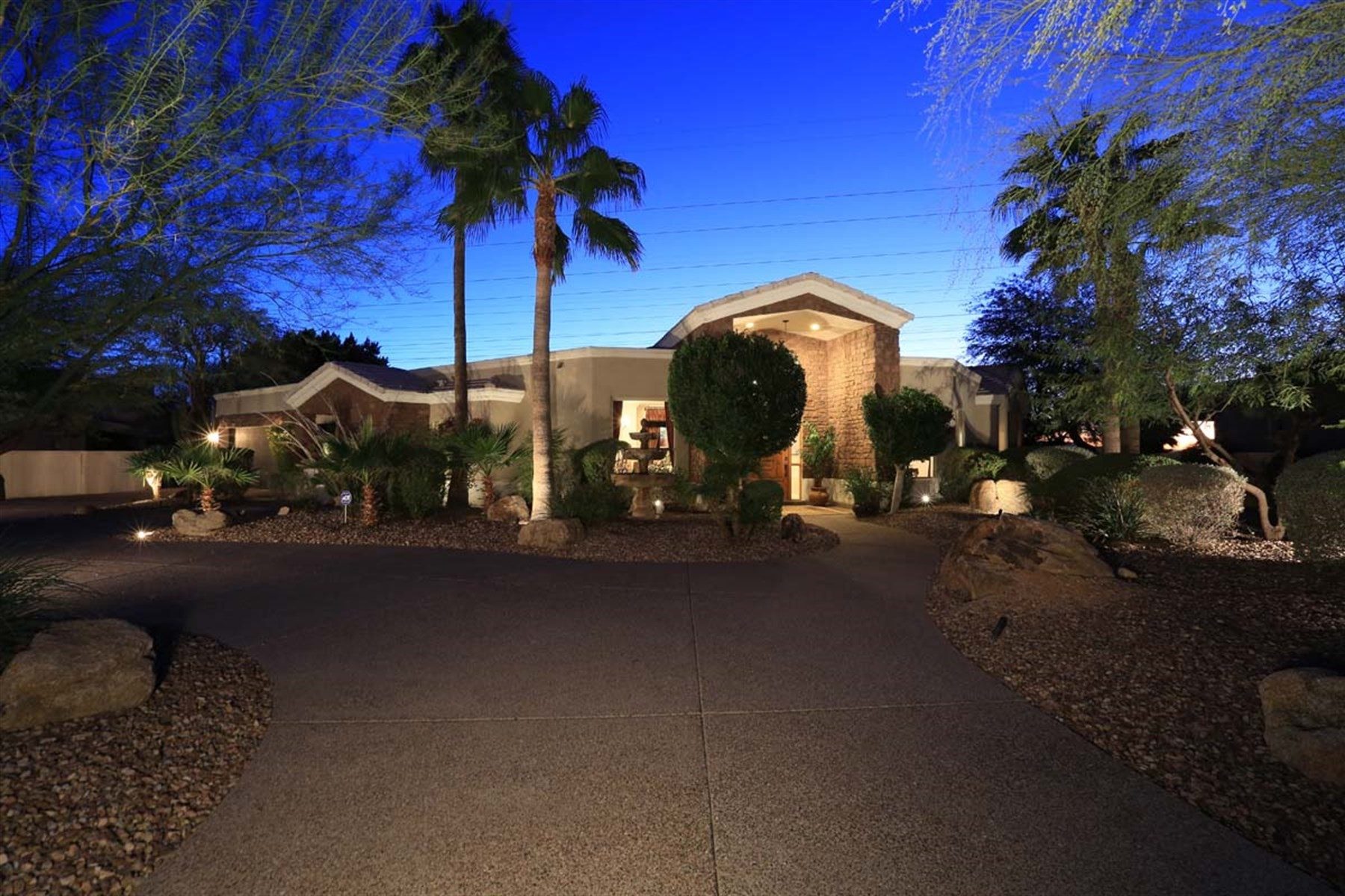 Single Family Home for Sale at Meticulously Maintained home in Scottsdale 10290 N 117TH PL Scottsdale, Arizona, 85259 United States