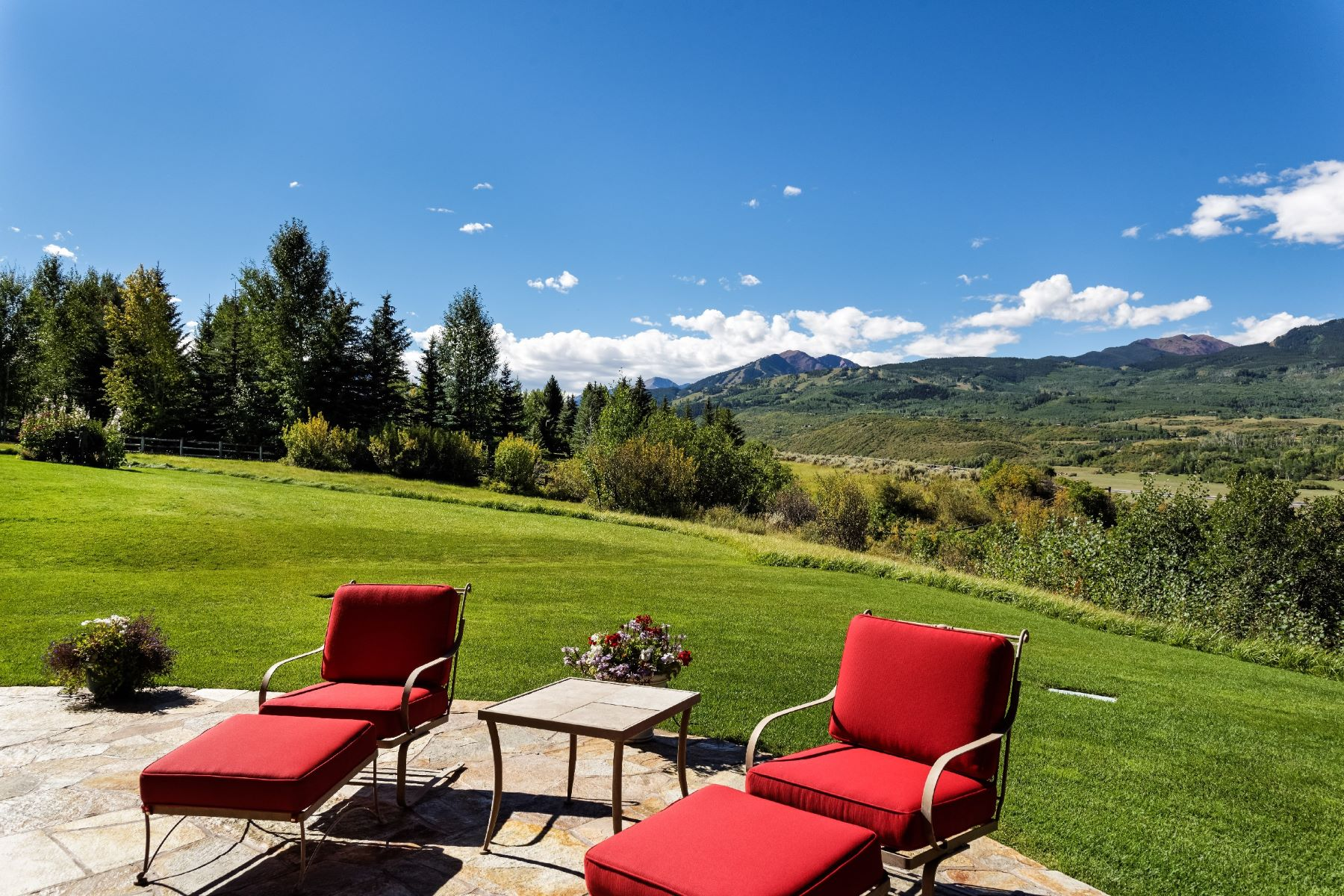 Additional photo for property listing at Magnificent Panorama in McLain Flats 2016 McLain Flats Road Aspen, Colorado 81611 United States