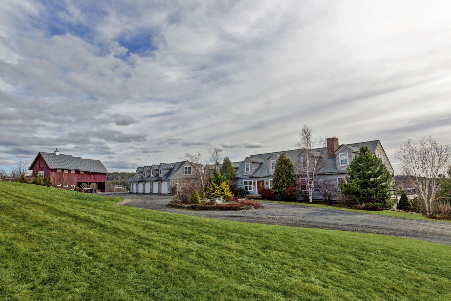 Single Family Homes pour l Vente à 114 Barnett Hill Road, Walpole 114 Barnett Hill Rd Walpole, New Hampshire 03608 États-Unis