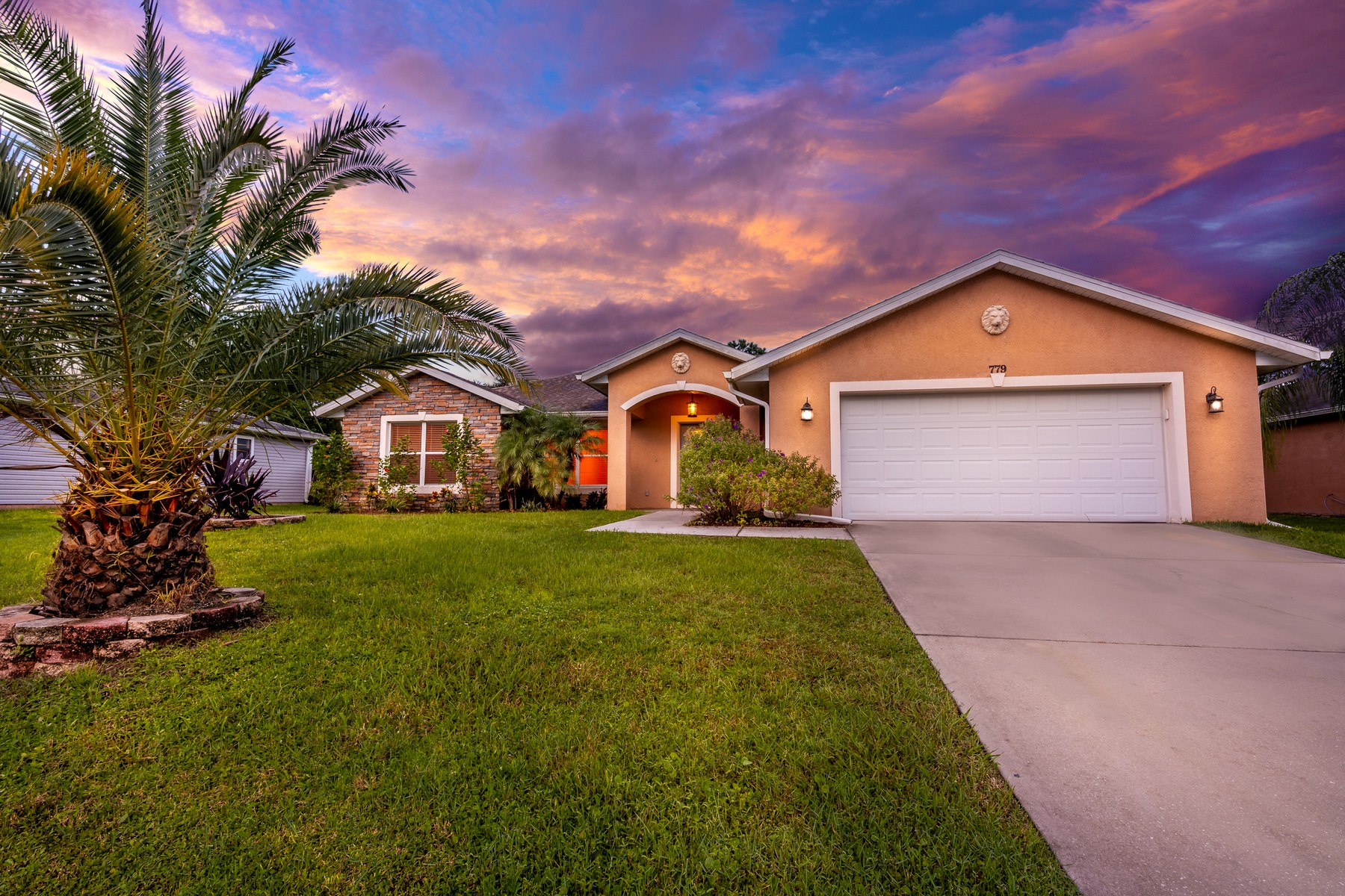 Single Family Homes for Active at Port Malabar Unit 37 779 Scott Avenue SW Palm Bay, Florida 32908 United States