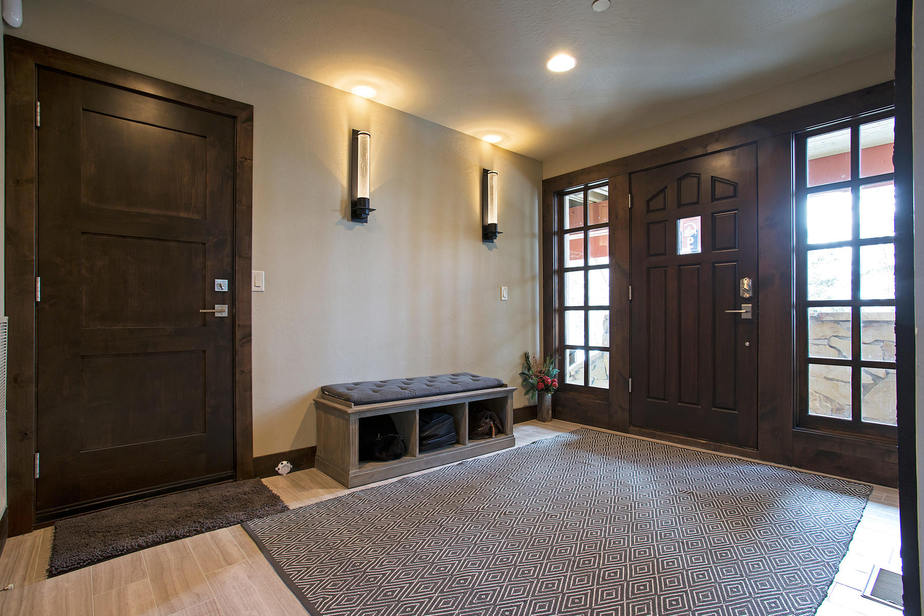 Additional photo for property listing at Stand Alone Townhouse In Silver Lake 8120 Cache Dr #9 Park City, Utah 84060 United States
