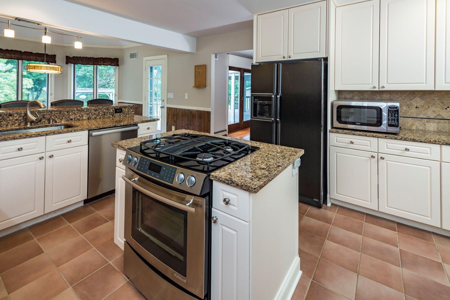 Additional photo for property listing at Custom-Built Home On An Amazing Lot 186 Harlingen Road, Belle Mead, Νιου Τζερσεϋ 08502 Ηνωμένες Πολιτείες