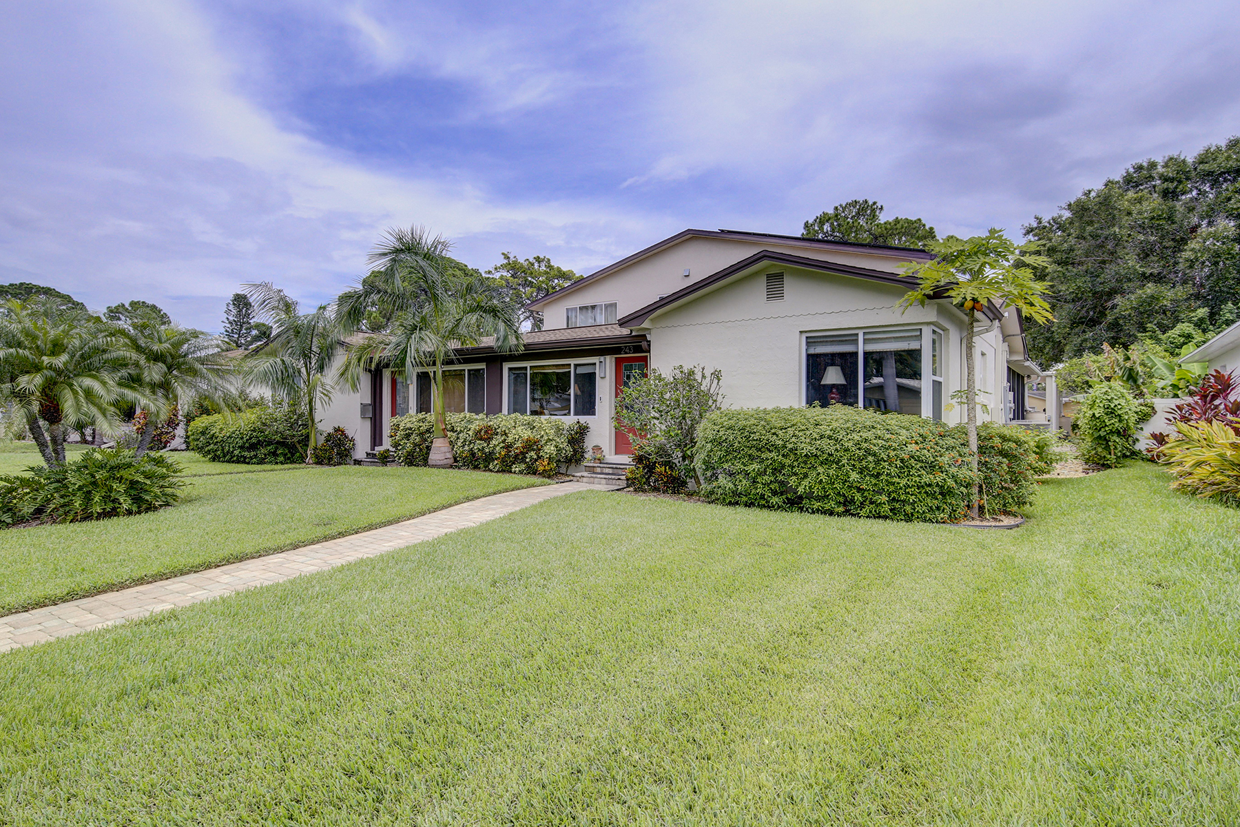 Single Family Homes for Sale at 243 Mateo Way Ne St. Petersburg, Florida 33704 United States