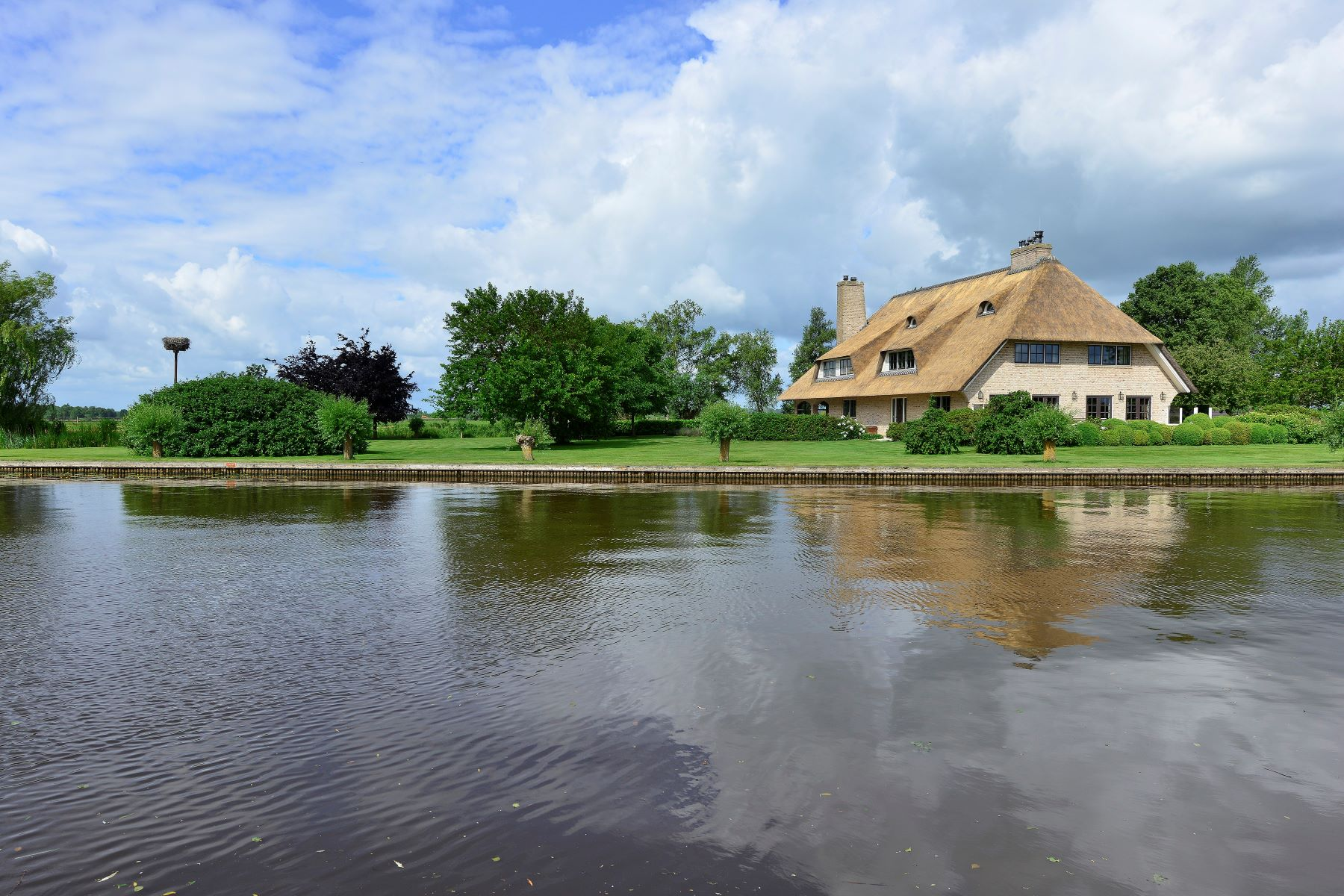 Single Family Homes for Active at Mansion with Private Berth and Boathouse Wetering, Overijssel Netherlands