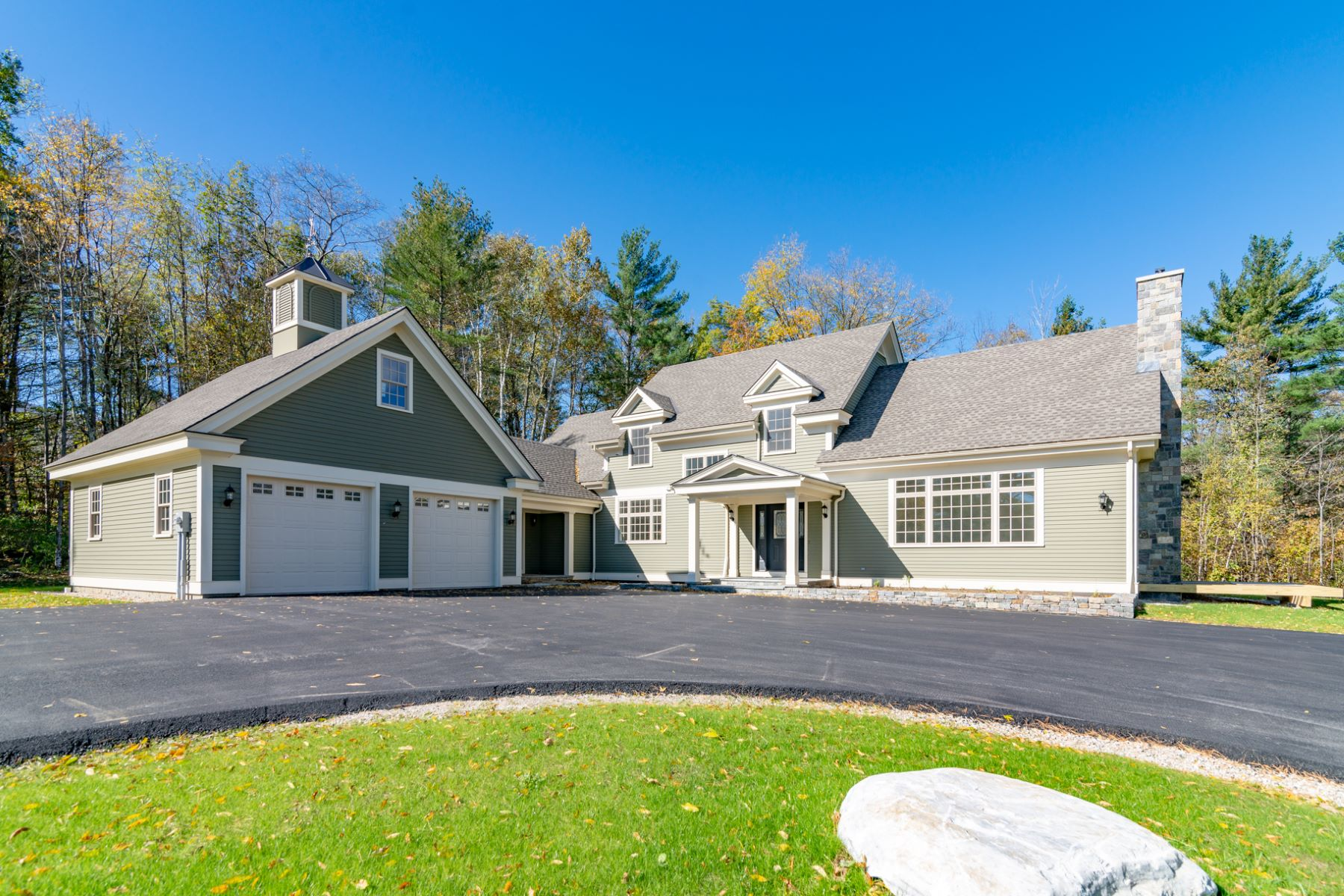 Single Family Home for Sale at 595 Partridge Hill Manchester 595 Partridge Hill Rd Manchester, Vermont 05255 United States