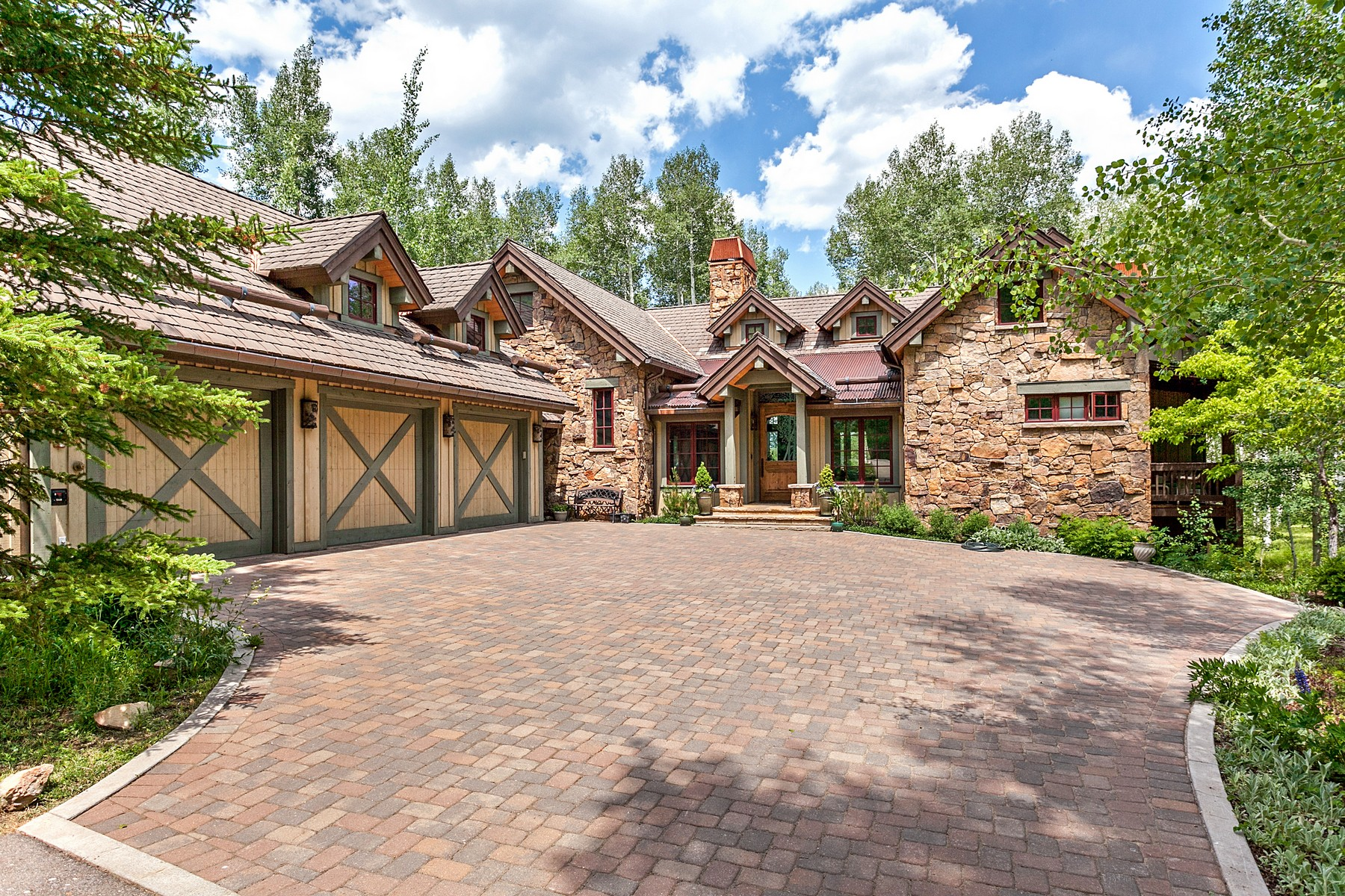 Single Family Home for Active at Custom Cordillera Home with Gore Range Views 525 Forest Trail Edwards, Colorado 81632 United States