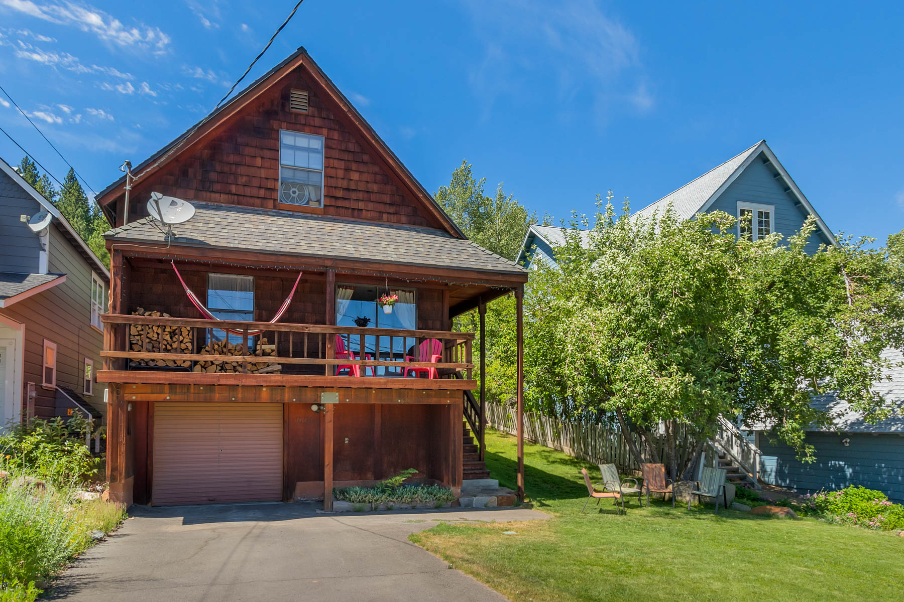 Single Family Homes por un Venta en 10190 Keiser Ave., Truckee, CA 10190 Keiser Ave. Truckee, California 96161 Estados Unidos