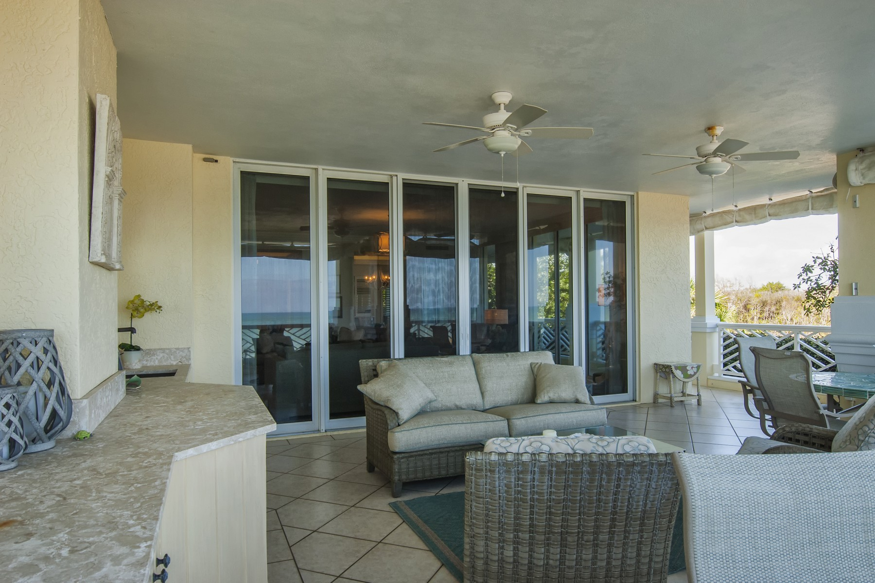 Additional photo for property listing at The Finest in Oceanfront Concierge Living! 600 Beachview Drive # 2N Vero Beach, Florida 32963 United States