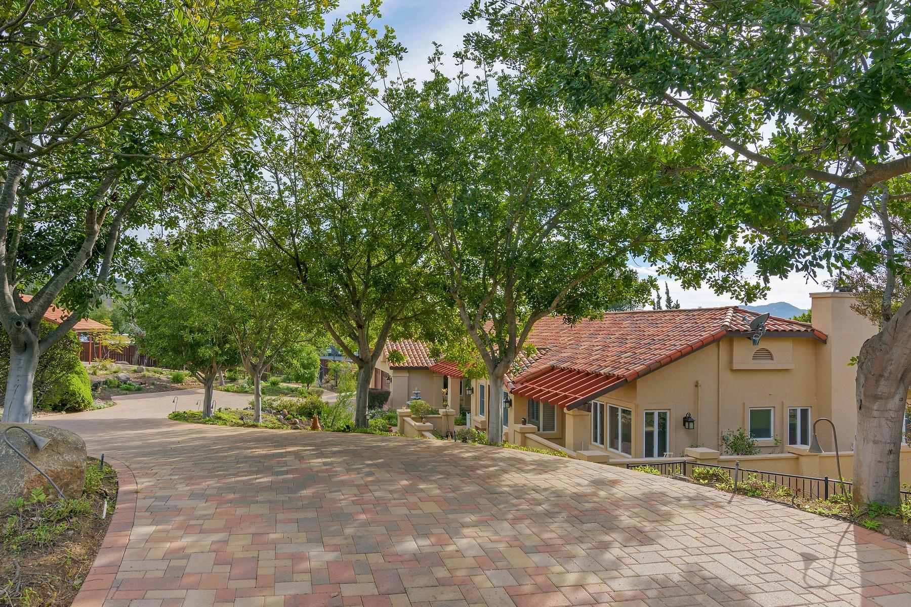 Maison unifamiliale pour l Vente à 14383 Blue Sage Road Poway, Californie, 92064 États-Unis
