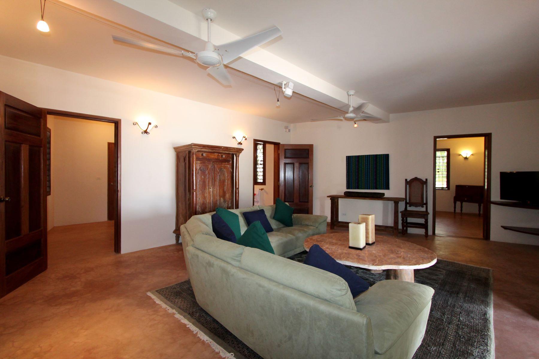 Additional photo for property listing at Villa Pearl at La Perla del Caribe San Pedro, 伯利兹城 伯利兹