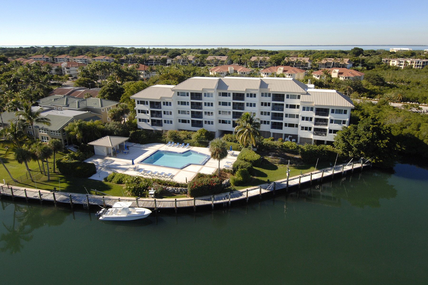 Additional photo for property listing at Creek House Condominium Living at Ocean Reef Creek House 104 Key Largo, Флорида 33037 Соединенные Штаты