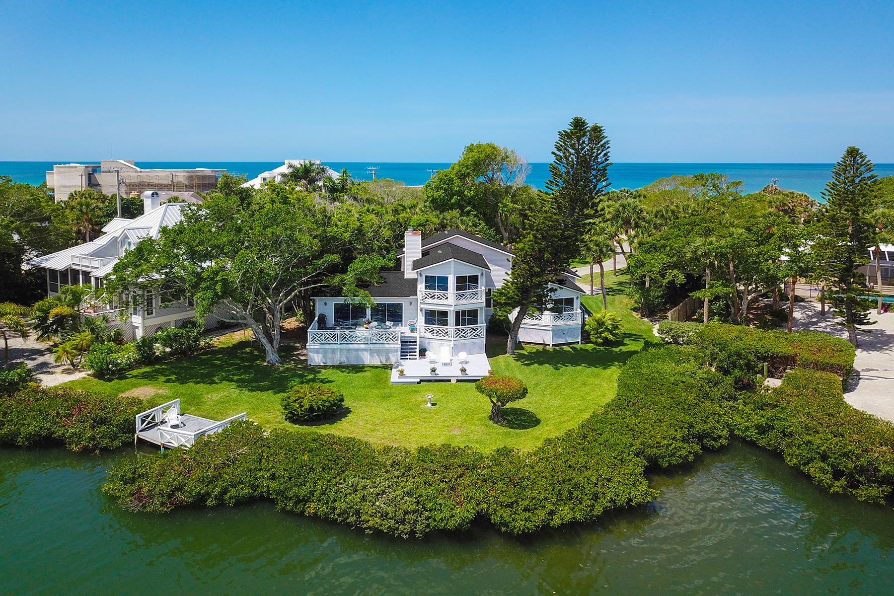 single family homes for Active at CASEY KEY BAYFRONT AND BEACH 12 N Casey Key Rd Osprey, Florida 34229 United States