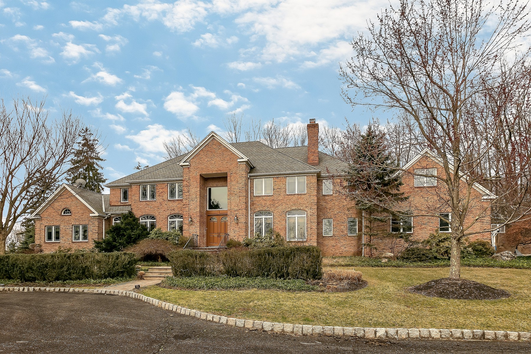 Single Family Homes for Sale at Wonderful Custom Colonial 1 Wilrich Glen Mendham, New Jersey 07945 United States