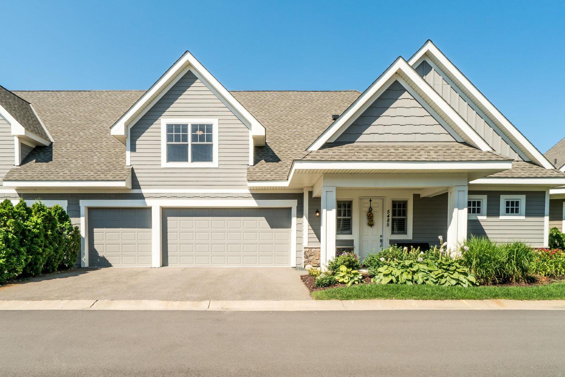 Casa unifamiliar adosada (Townhouse) por un Venta en 5485 Lost Lake Lane Mound, Minnesota, 55364 Estados Unidos