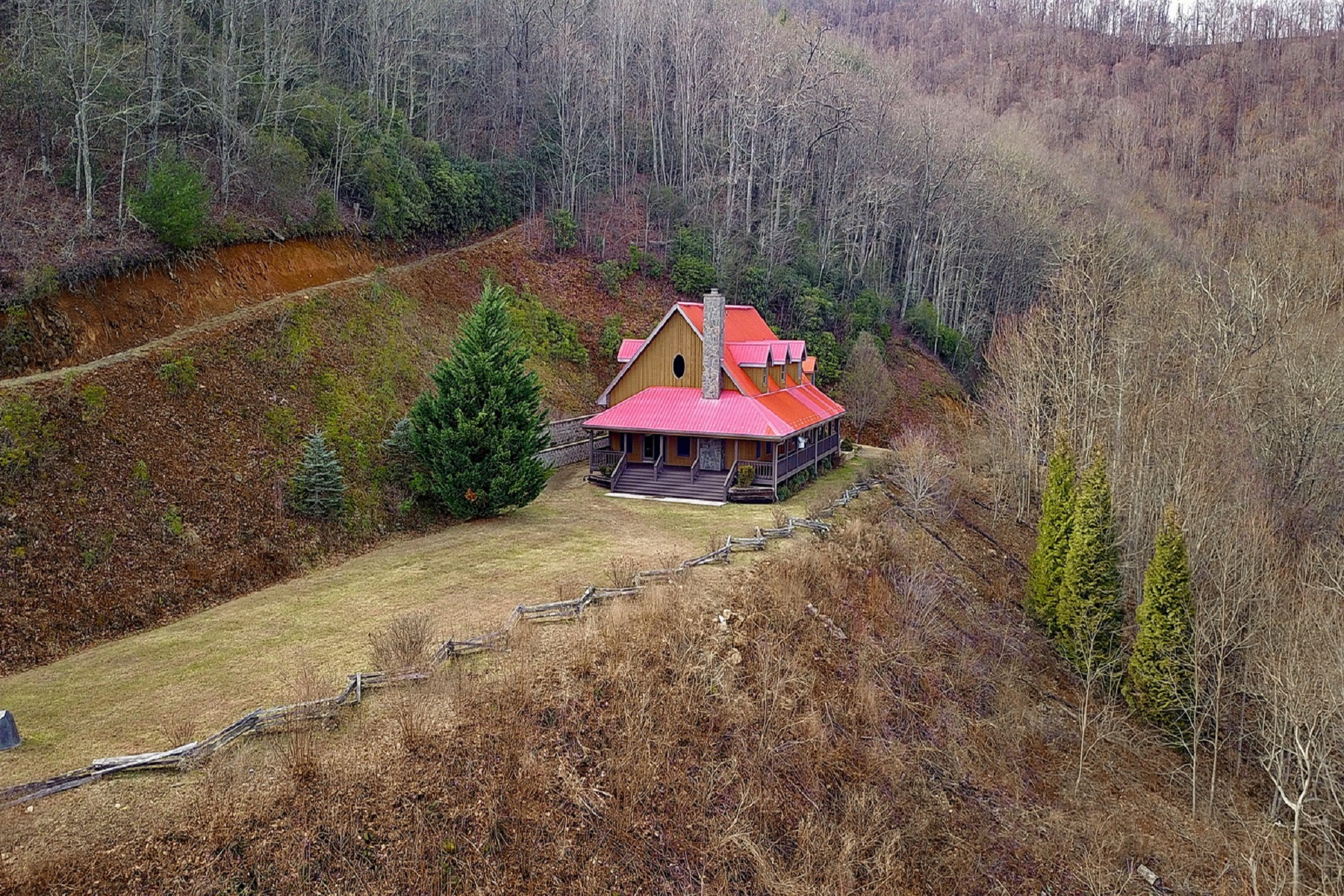 Single Family Homes for Sale at 1935 Muskrat Valley Lane Franklin, North Carolina 28734 United States