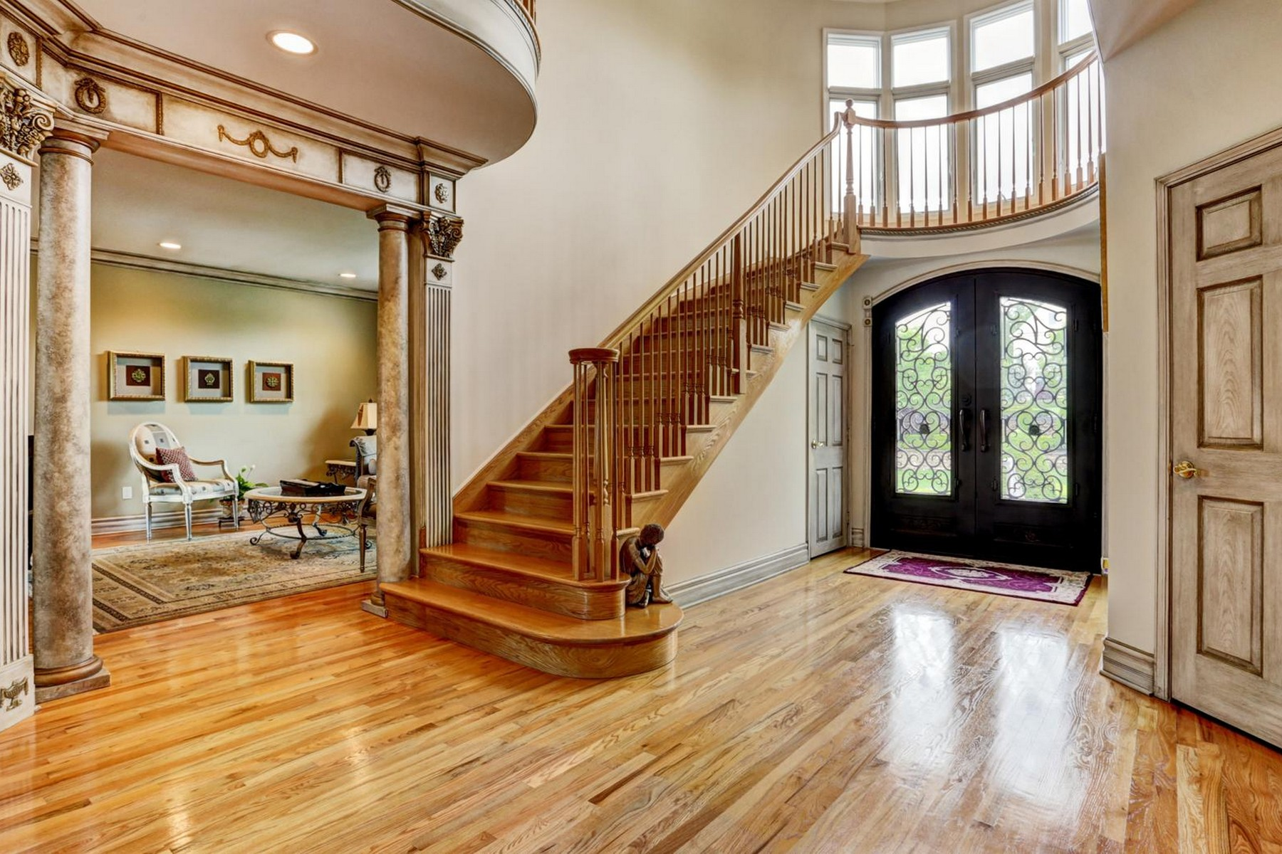 Additional photo for property listing at Masterful Design 308 Bayview Dr Morganville, New Jersey 07751 United States